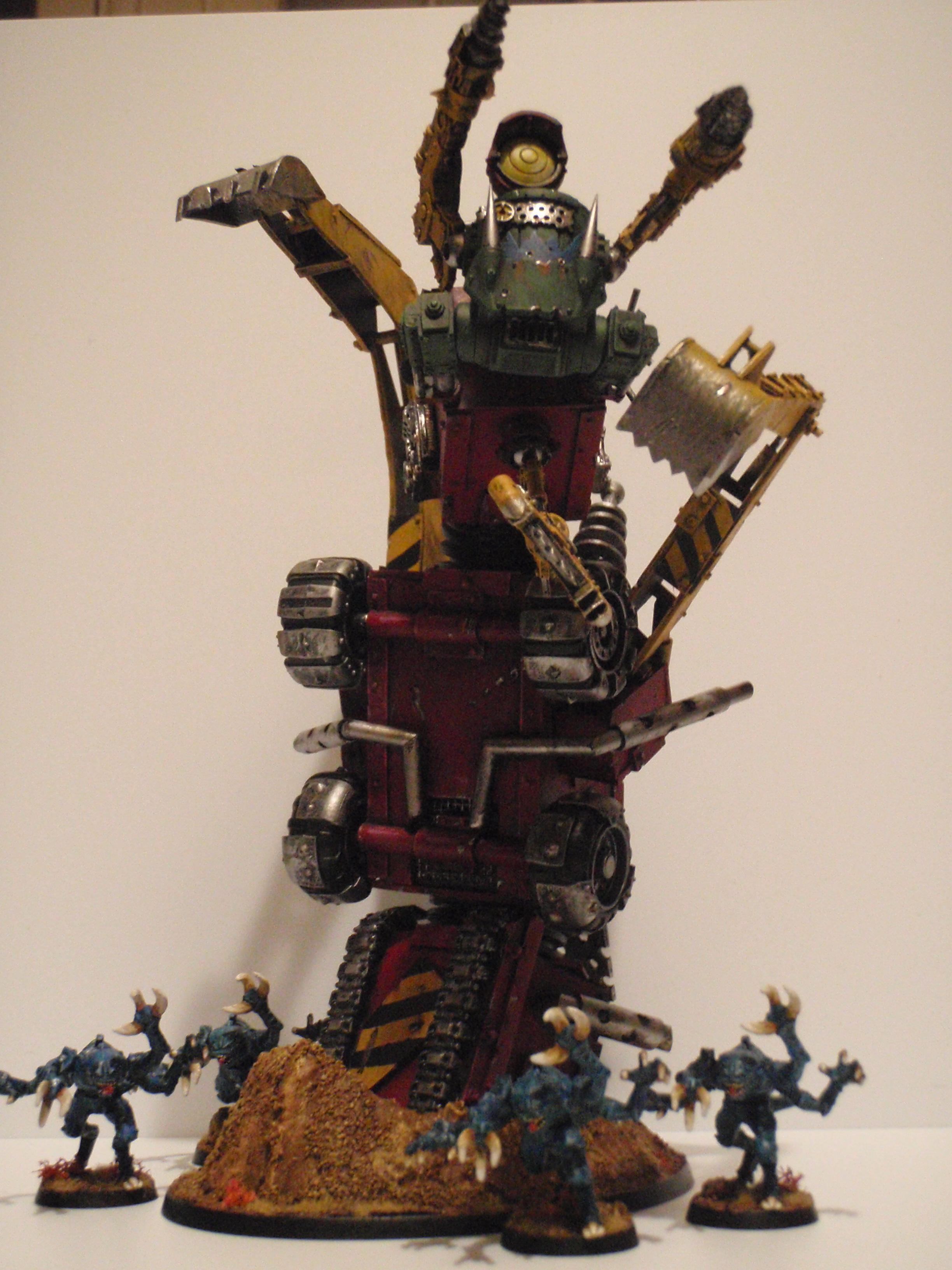 Orks; Warhammer 40k, Greensteela Kult Digga Train w/ Greensteelas for scale