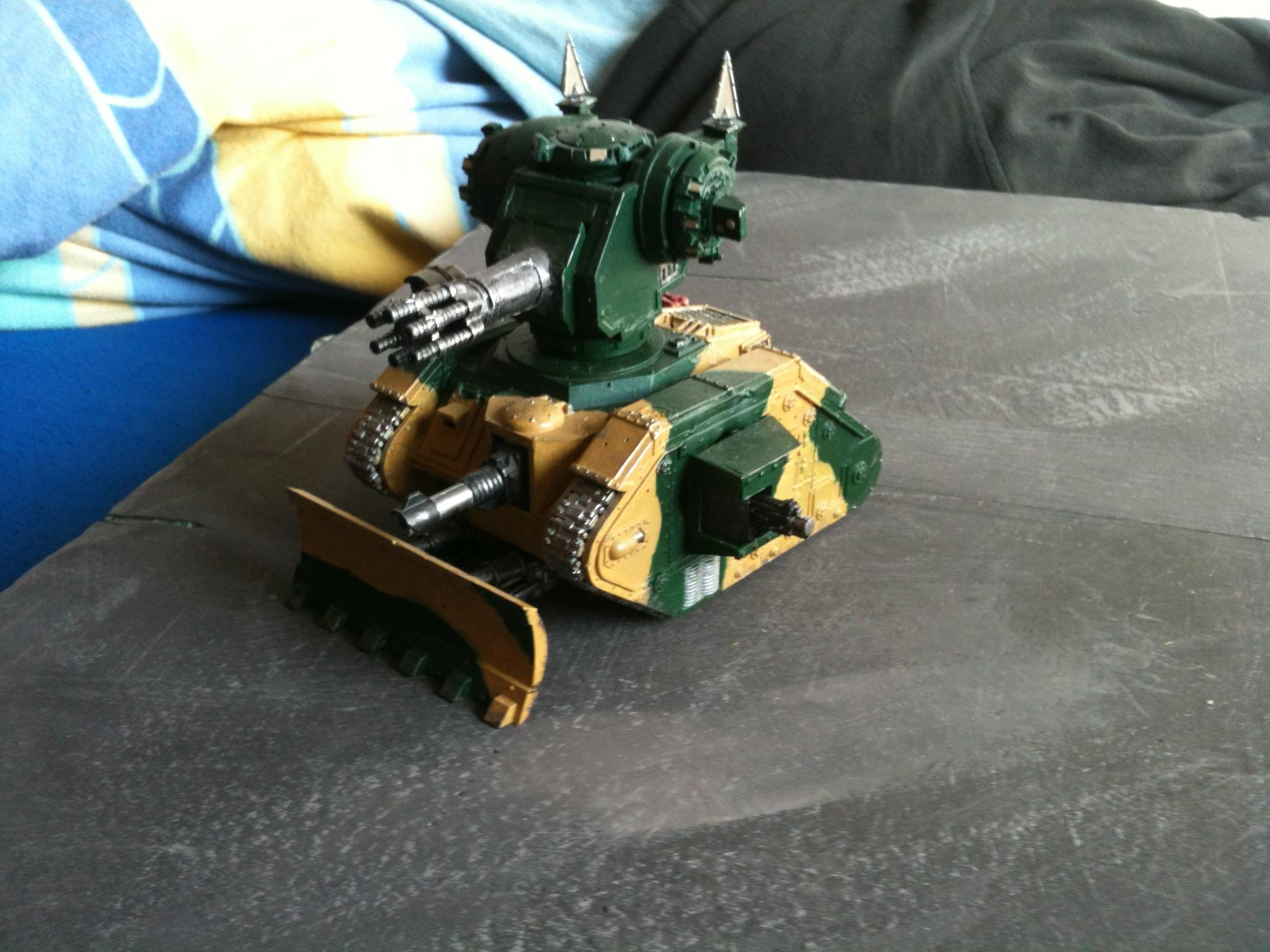 leman russ chassis+punisher