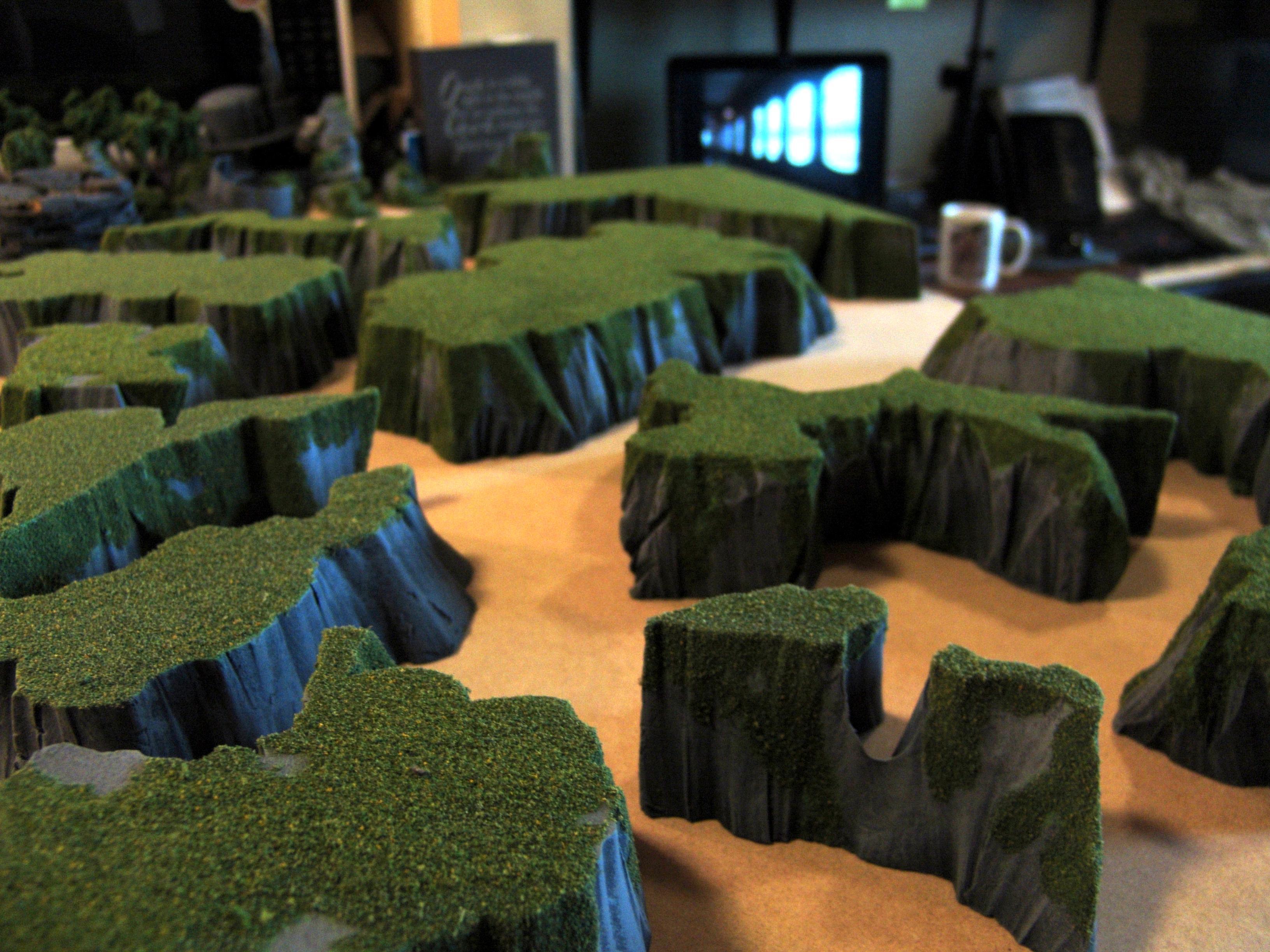 Cliffs, Custom, Drybrushing, Flock, Grass, Hills, Pink Foam, Rocky, Stratchbuilt