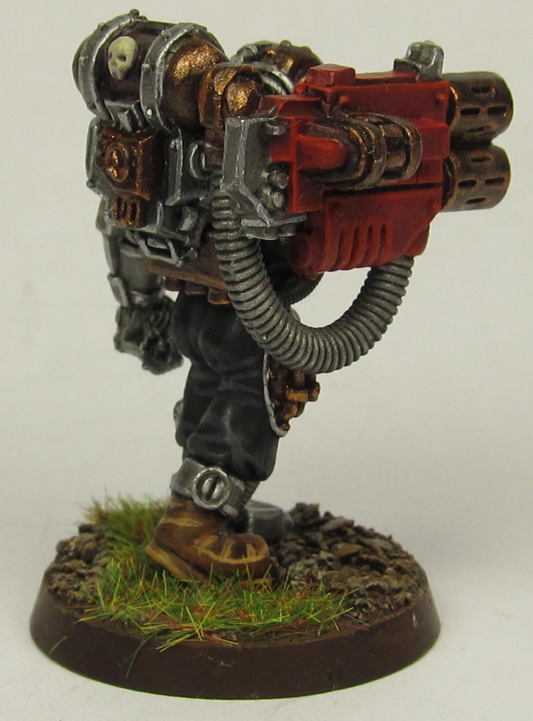 Servitor 4 rear