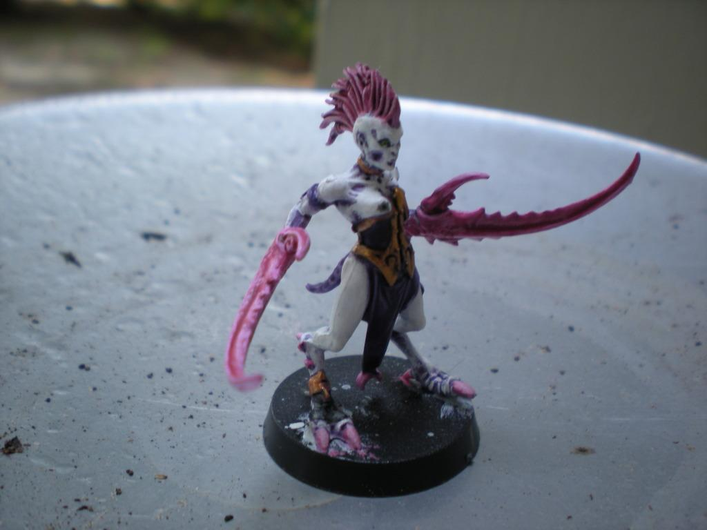 Daemonettes, Pink, Purple, White