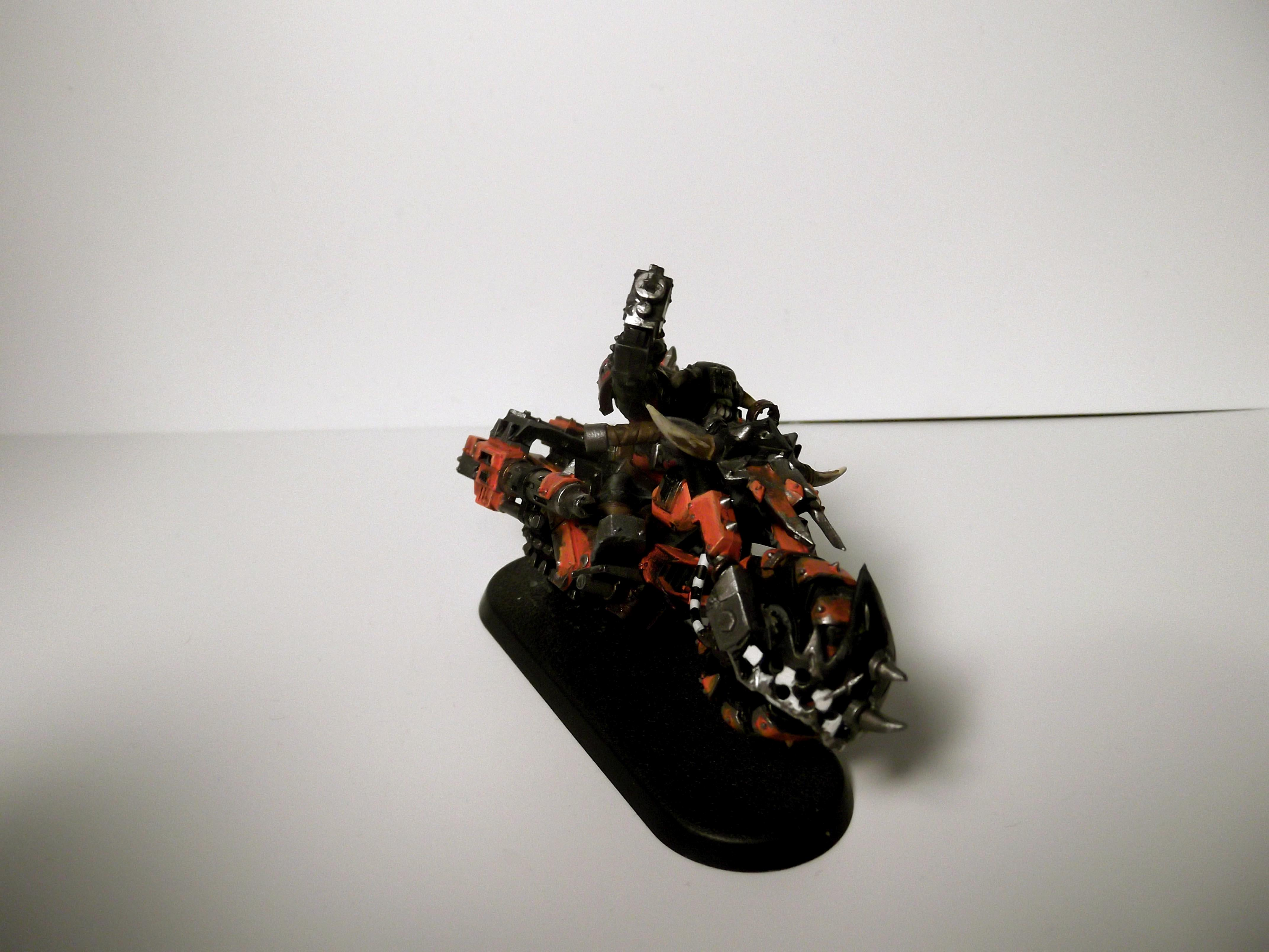 Not the best pic but the other image just makes it look like the ork is falling over