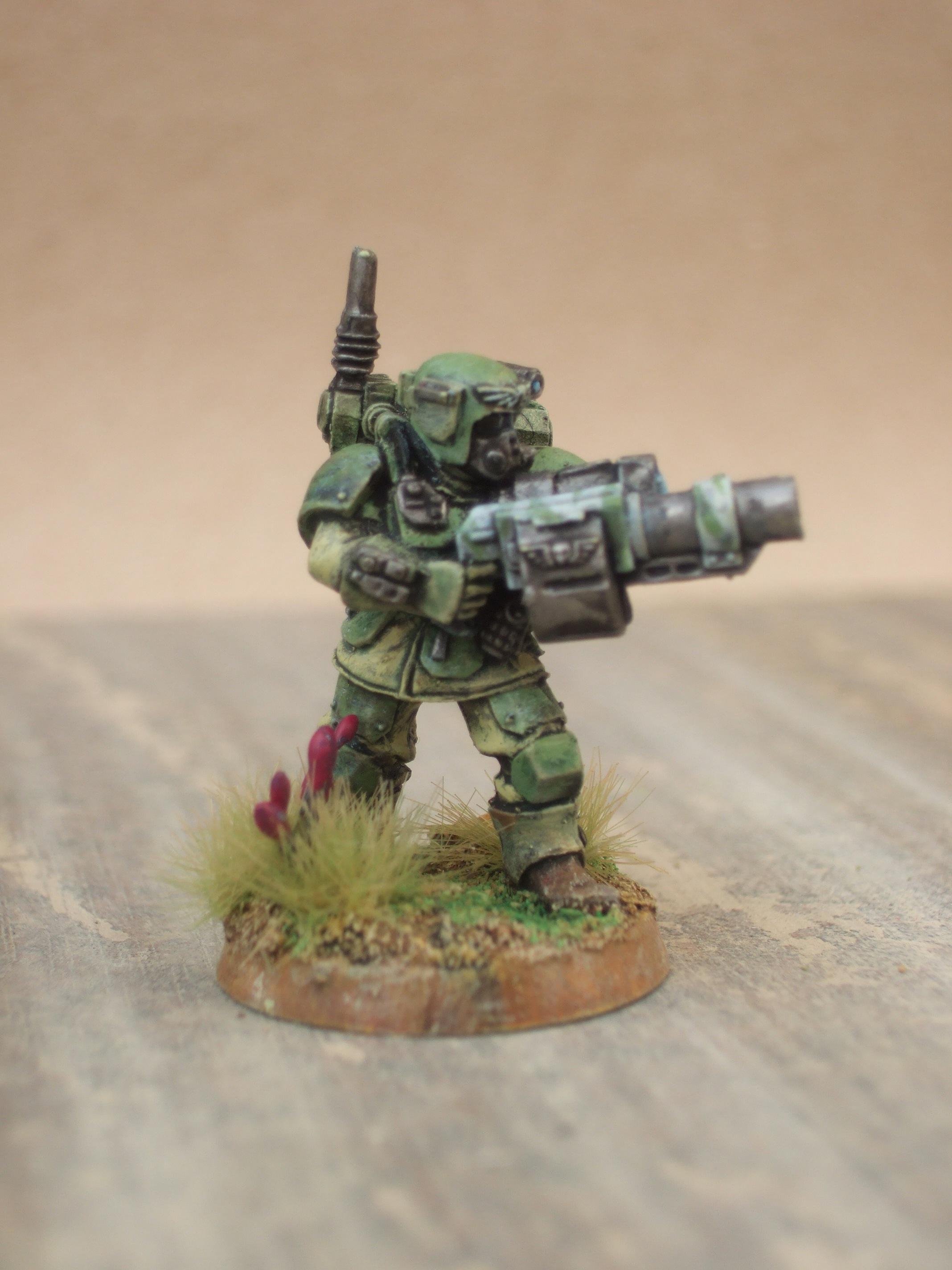 Imperial Guard, grenade!