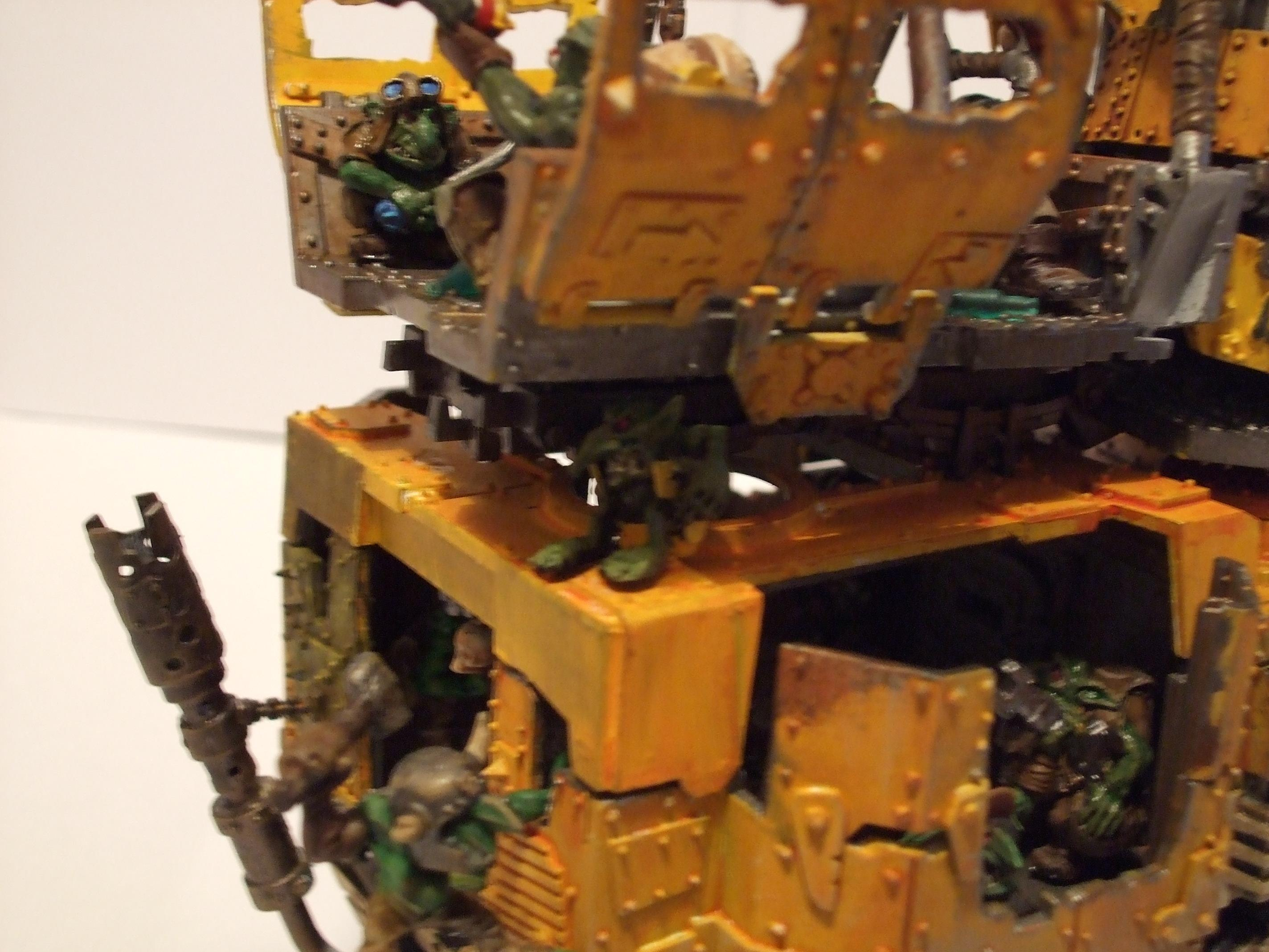 Ork Bad Moon Battlewagon