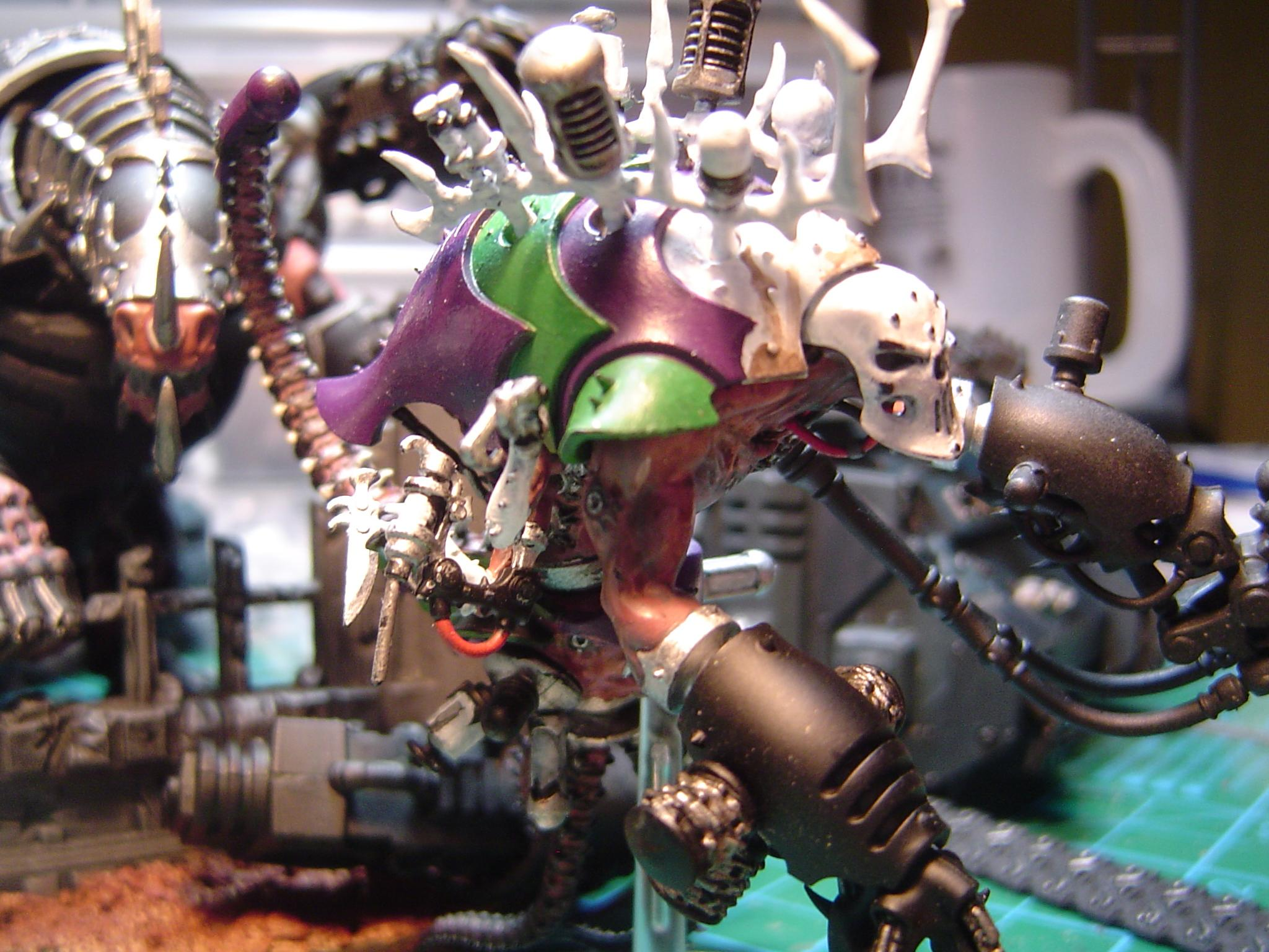 WIP: Dark Eldar Talos pain engine.  Need to get this one finsihed Hands and guns