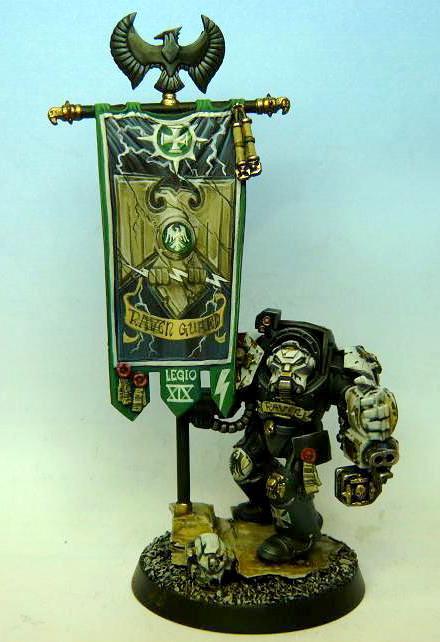 Raven Guard, Standard bearer