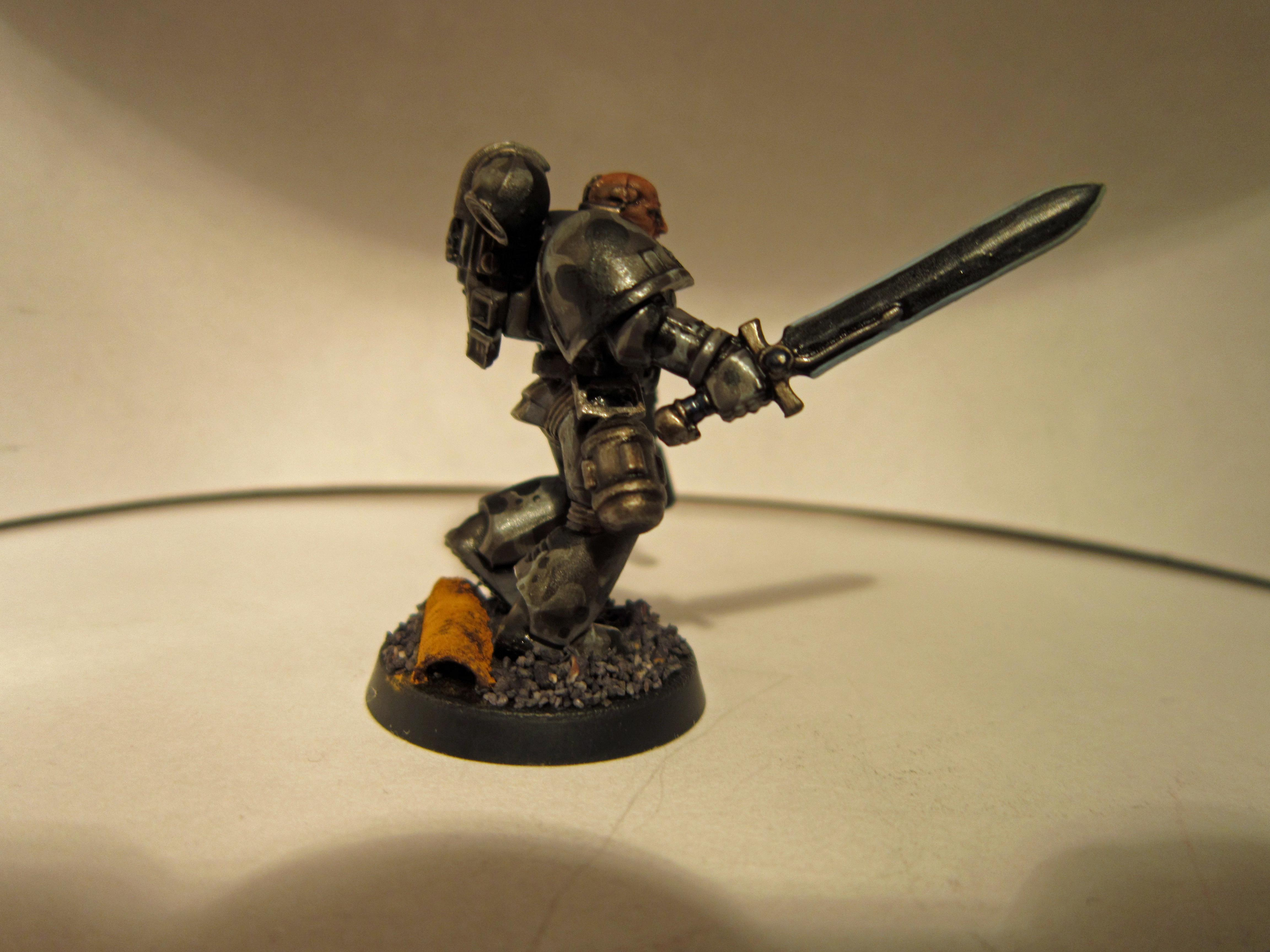 Bolt Pistol, Camouflage, Power Sword, Space Marines