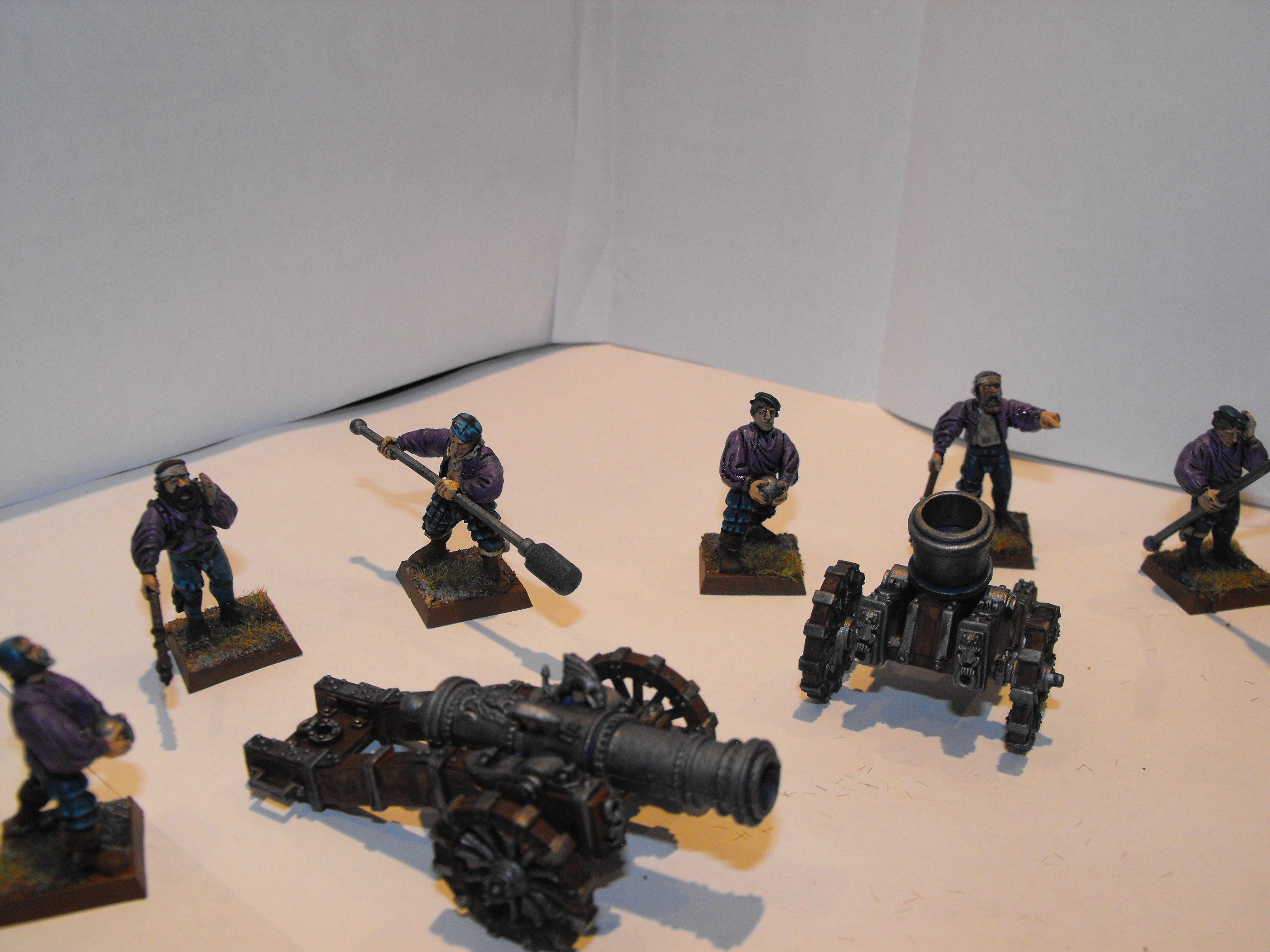 and a comparrison next to my cannon