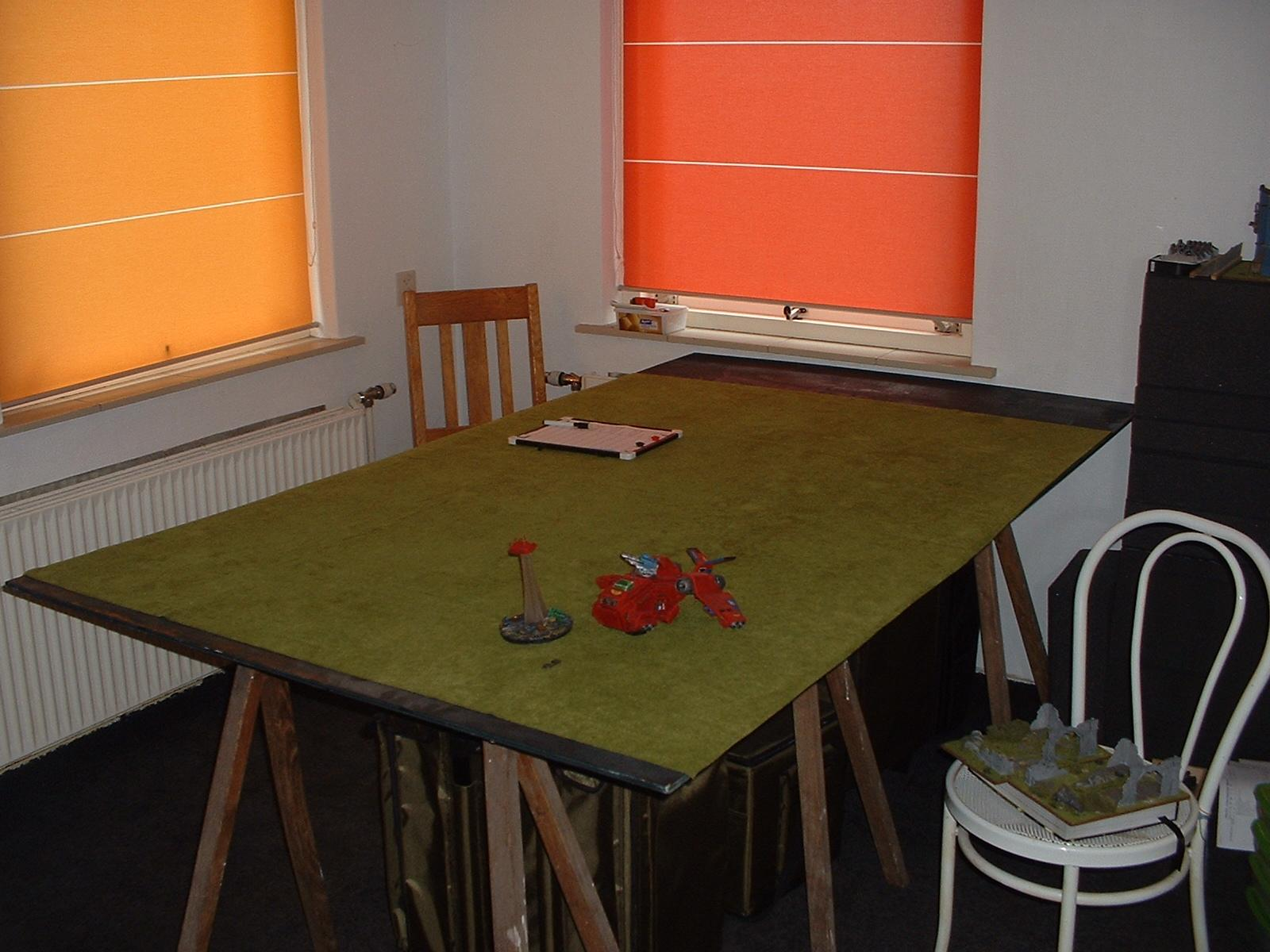 Game Room, Game Table