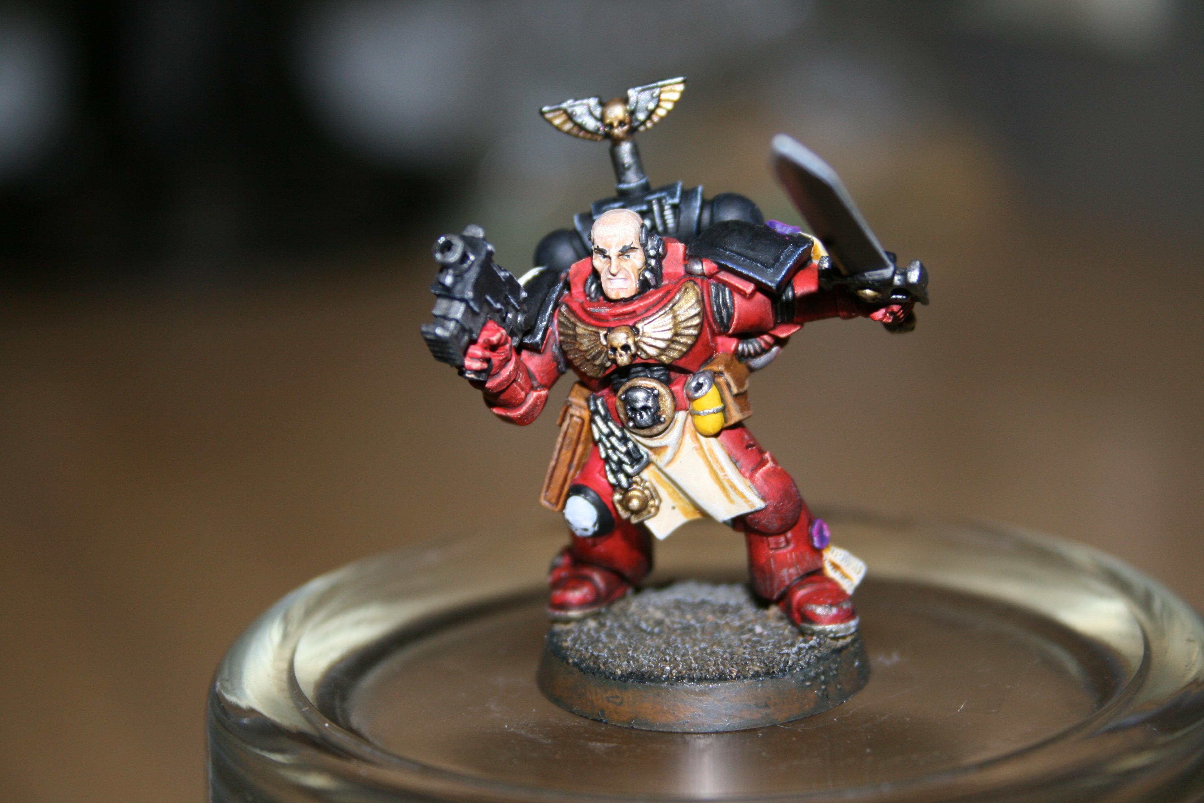 Flesh Tearers Sergeant with Power Sword