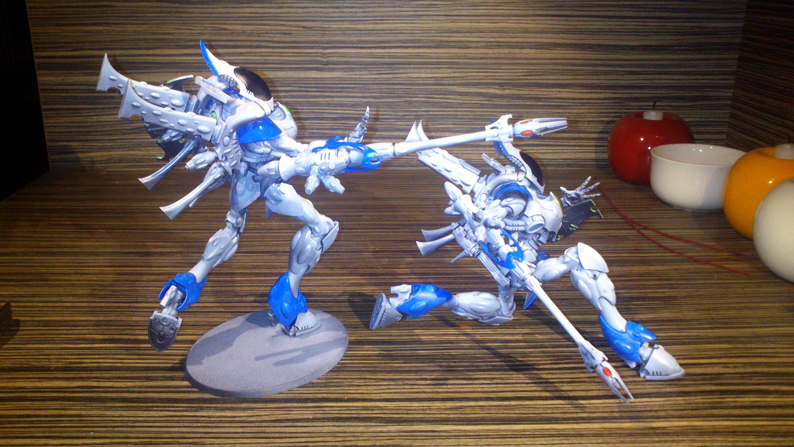 Blue, Blue White, Diorama, Eldar, Eldar Wraith Army, Force, Forest, Forge World, Ghost, Host, Ilyrith, Iyanden, Iybraesil, Kneel, Kneeling, Painting, Phoenix Lord, Pose, Posing, Run, Running, Scatterlaser, Shadow, Snow, Spectres, Spirit, Spirit Host, Spirit Only, Suncannon, Team, Warhammer 40,000, Warhammer Fantasy, Waveserpent, White, Winter, Wraith, Wraith Host, Wraith Only, Wraithguard, Wraithknight, Wraithknights, Wraithlord