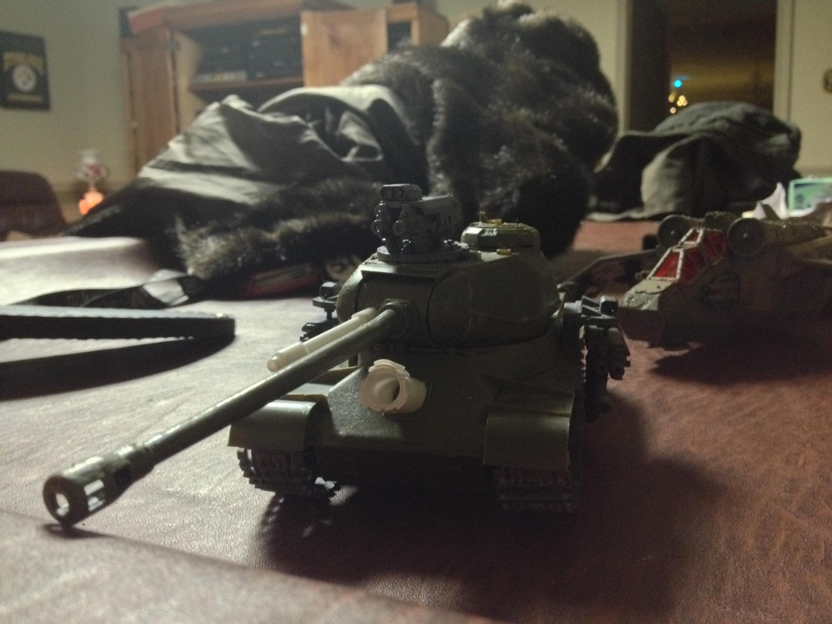 Baneblade with scratch built co-ax autocannon and hull-mounted demolisher cannon
