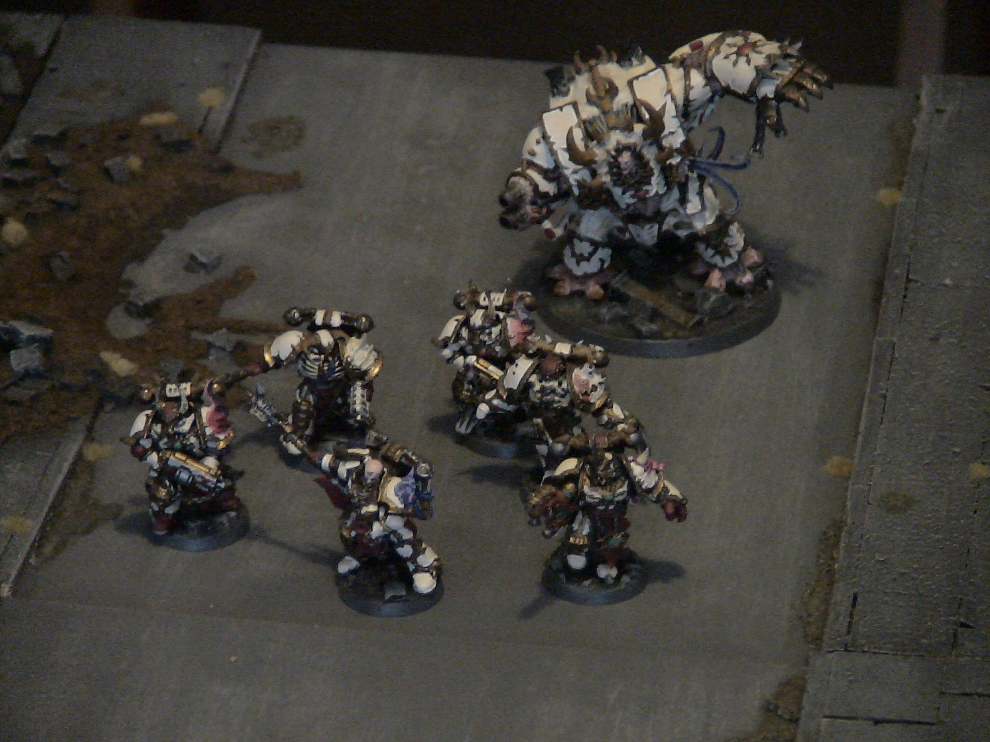 Chaos Space Marines, Chosen, Hellbrute, Lords Of Marble, Street Fight