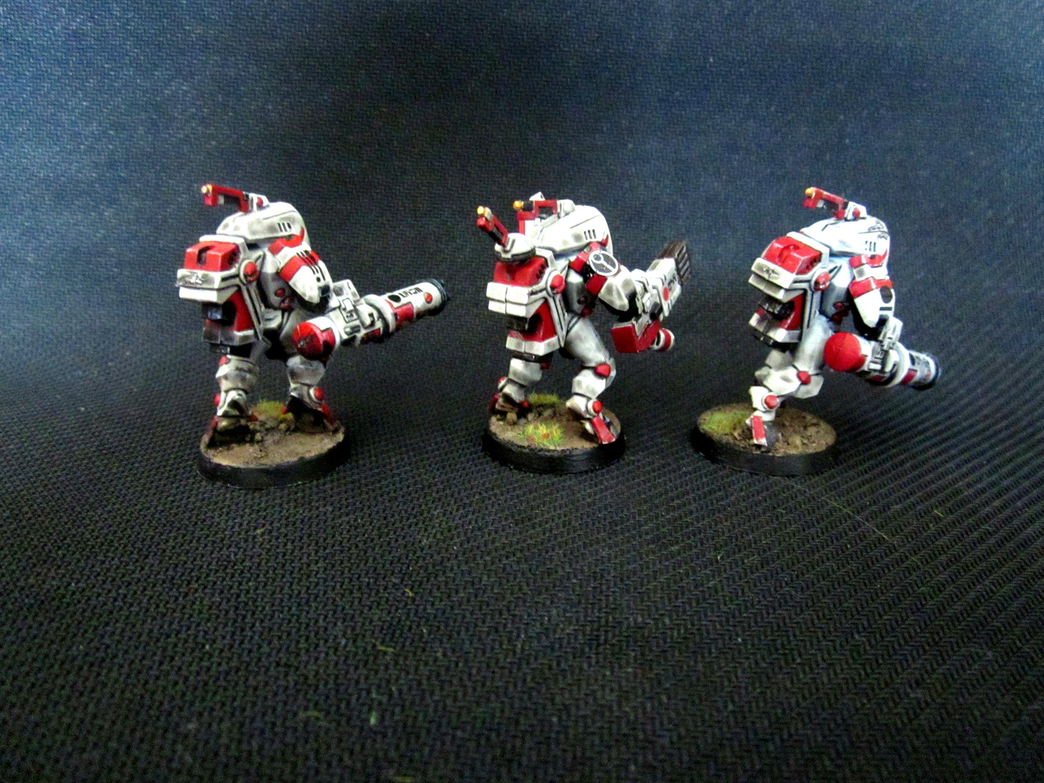 Black, Mud, Object Source Lighting, Red, Stealth, Suit, Tau, Weathered, White