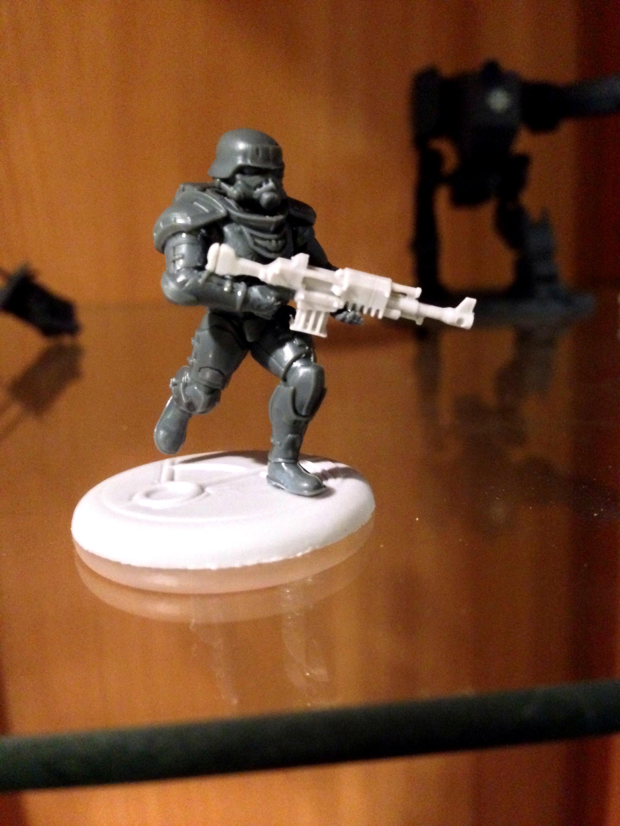 Eisenkern Stormtrooper with  Victoria's Miniatures autorifle