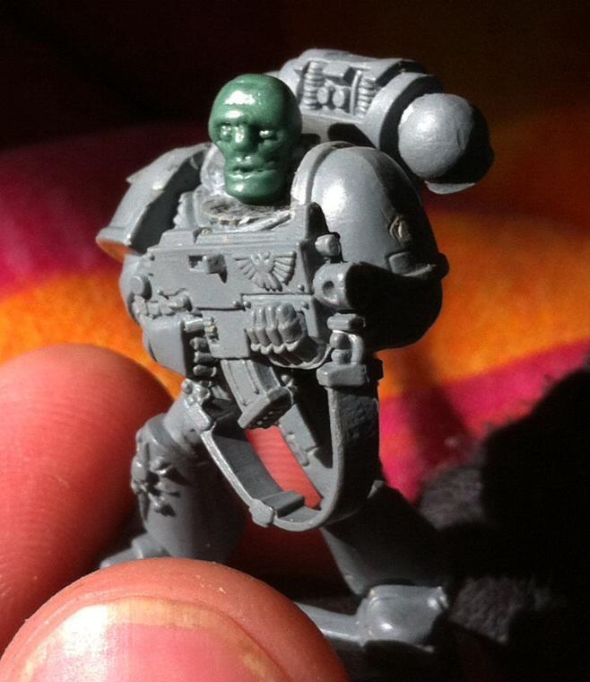 DV head model marine