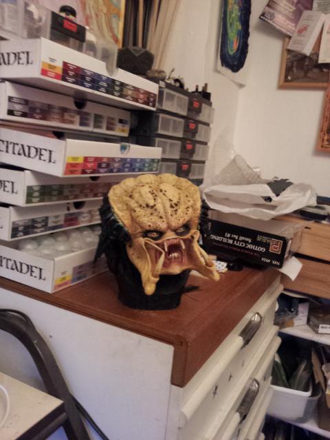 Alien, Predator, more spots started dreads