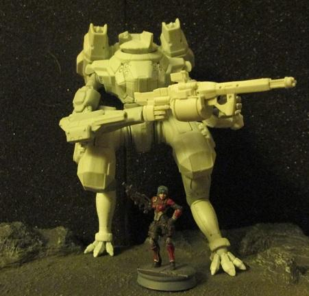 Salamander mech compared to 28mm