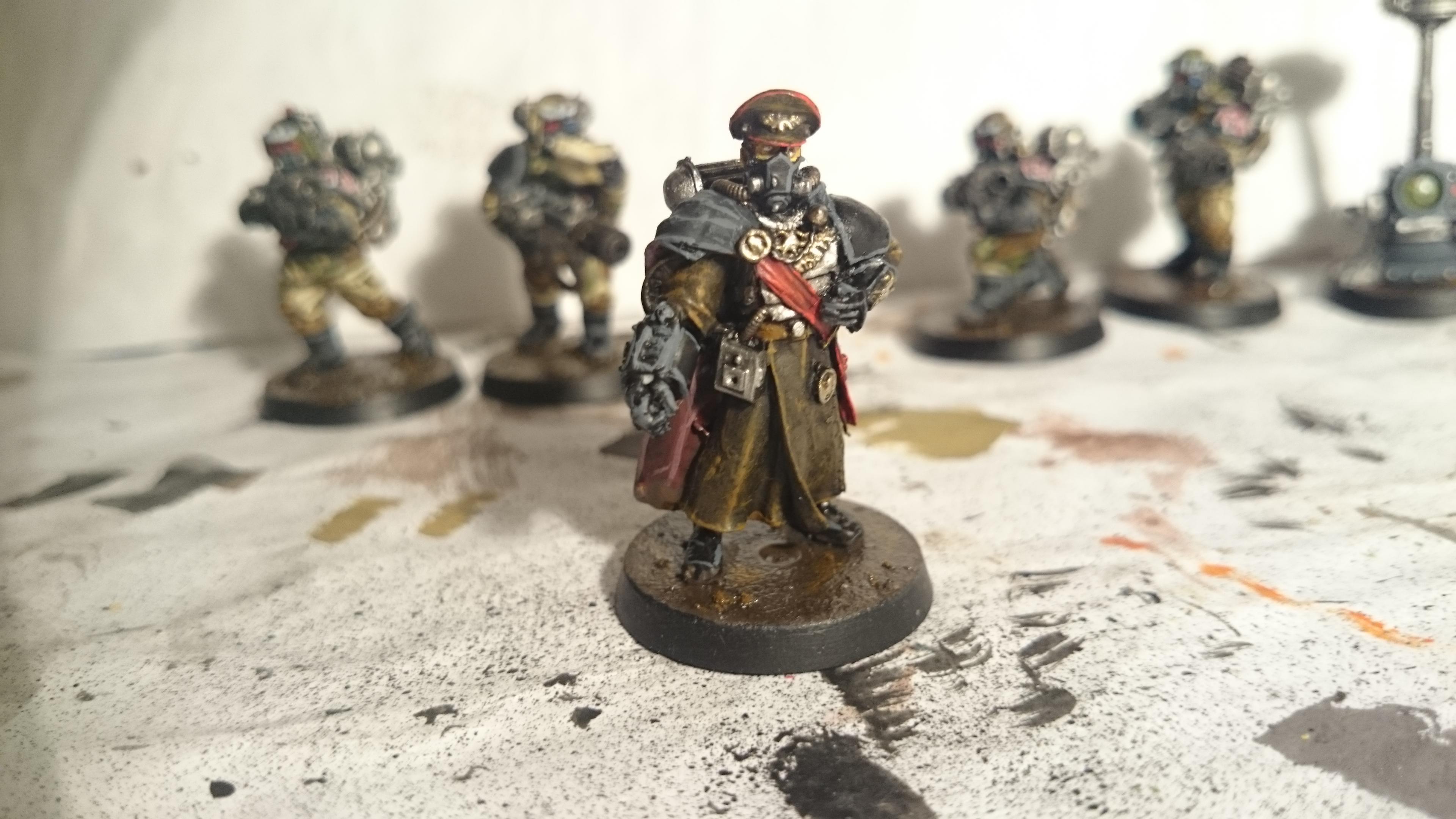 Commander Front