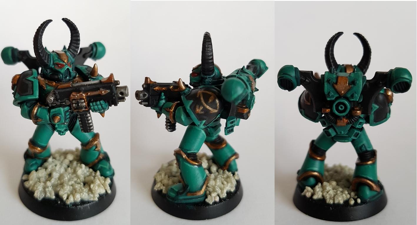 Black Legion marine done up in Sons of Horus colours