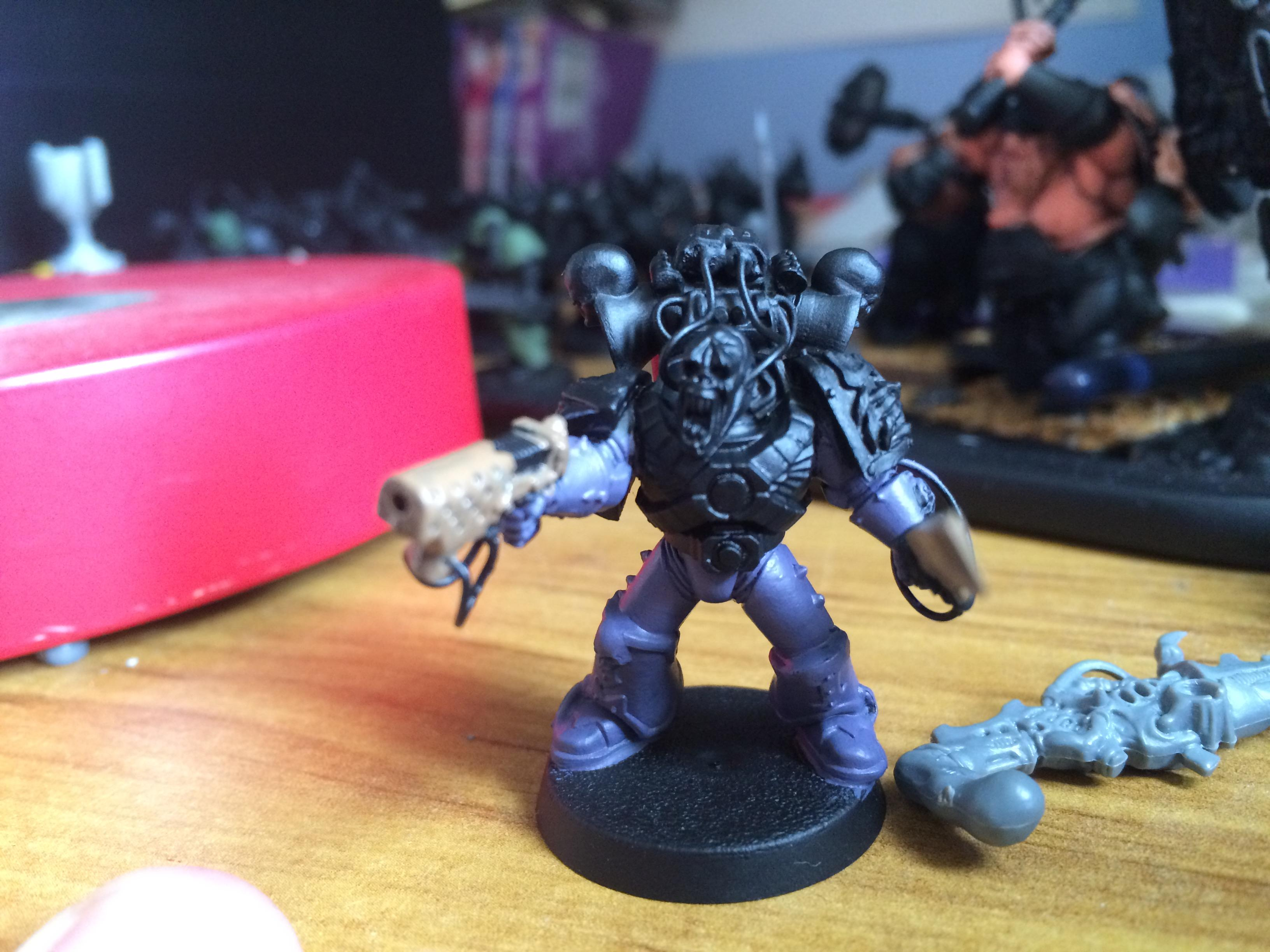 Chaos, Chaos Space Marines, Children, Conversion, Emperor, Emperor's, Emperor's Children, Fulgrim, Games, Games Workshop, Hormagaunt Purple, Kitbash, Modification, Noise, Noise Marines, Painting, Pink, Prime, Primered, Slaanesh, Sonic, Space, Space Marines, Workshop