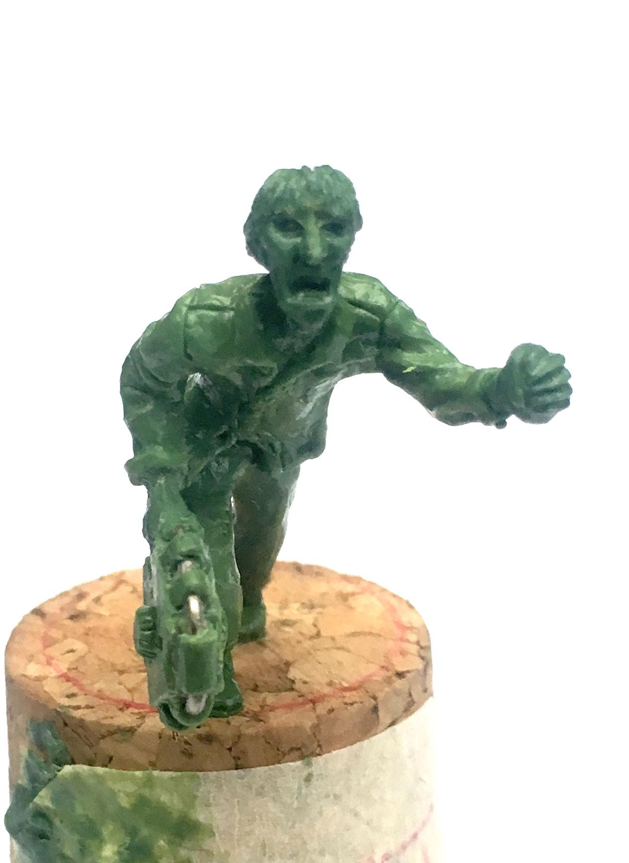 Guyver, Malmot, Sculpting