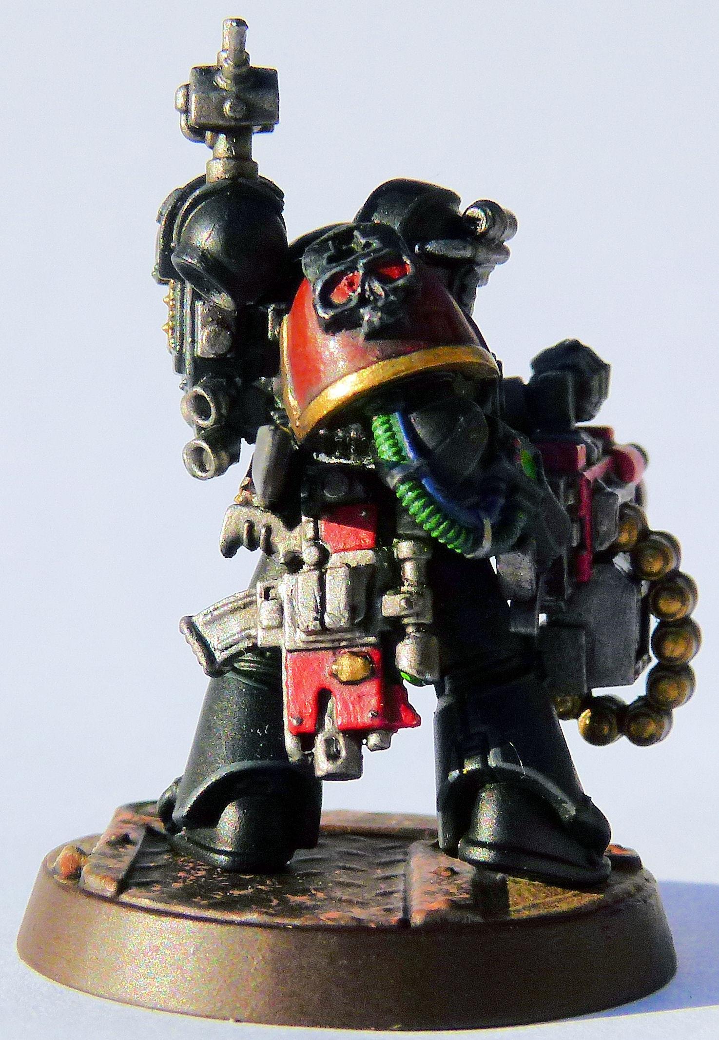 Red Hunter Deathwatch Veteran Right