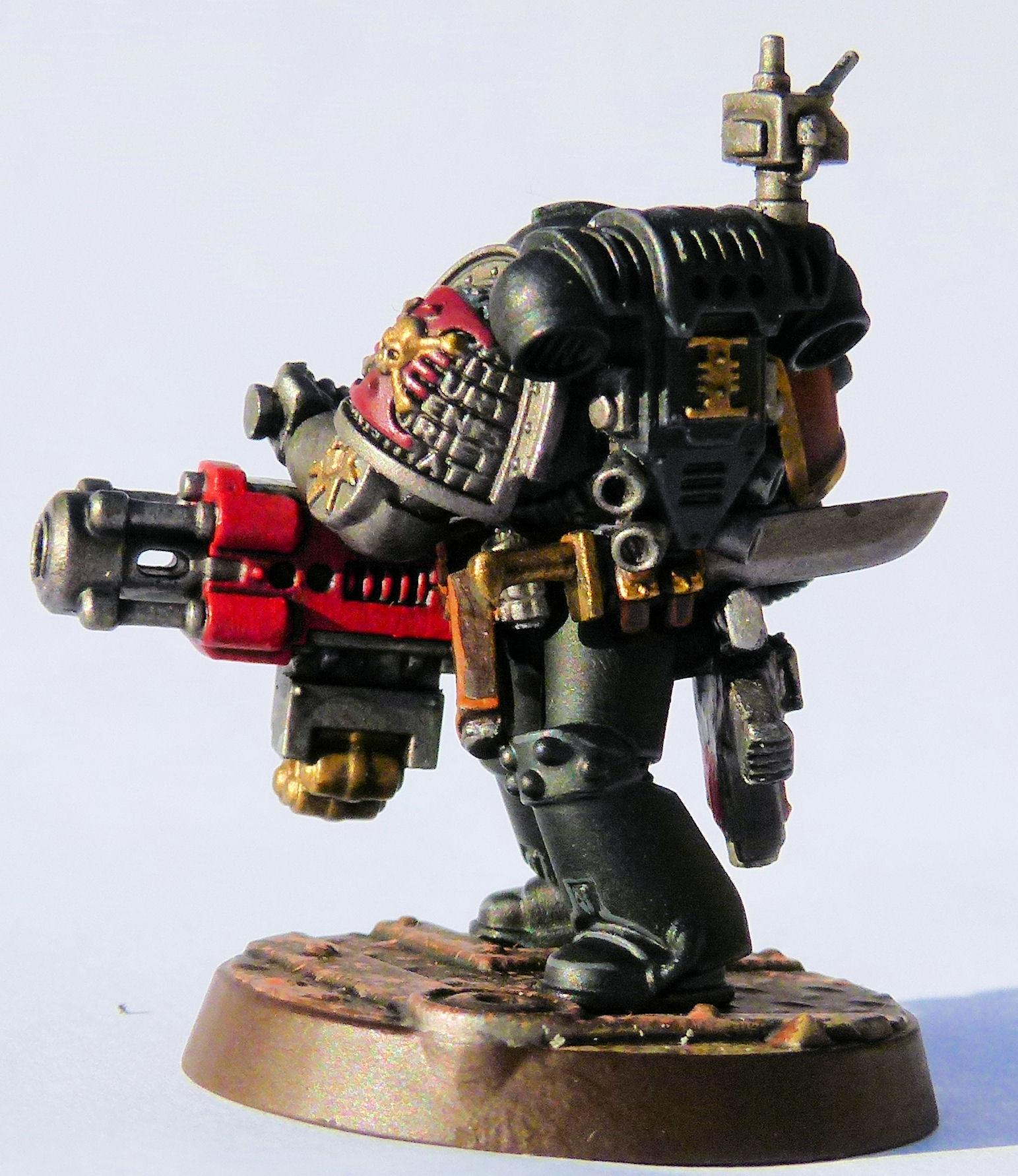 Red Hunter Deathwatch Veteran Rear