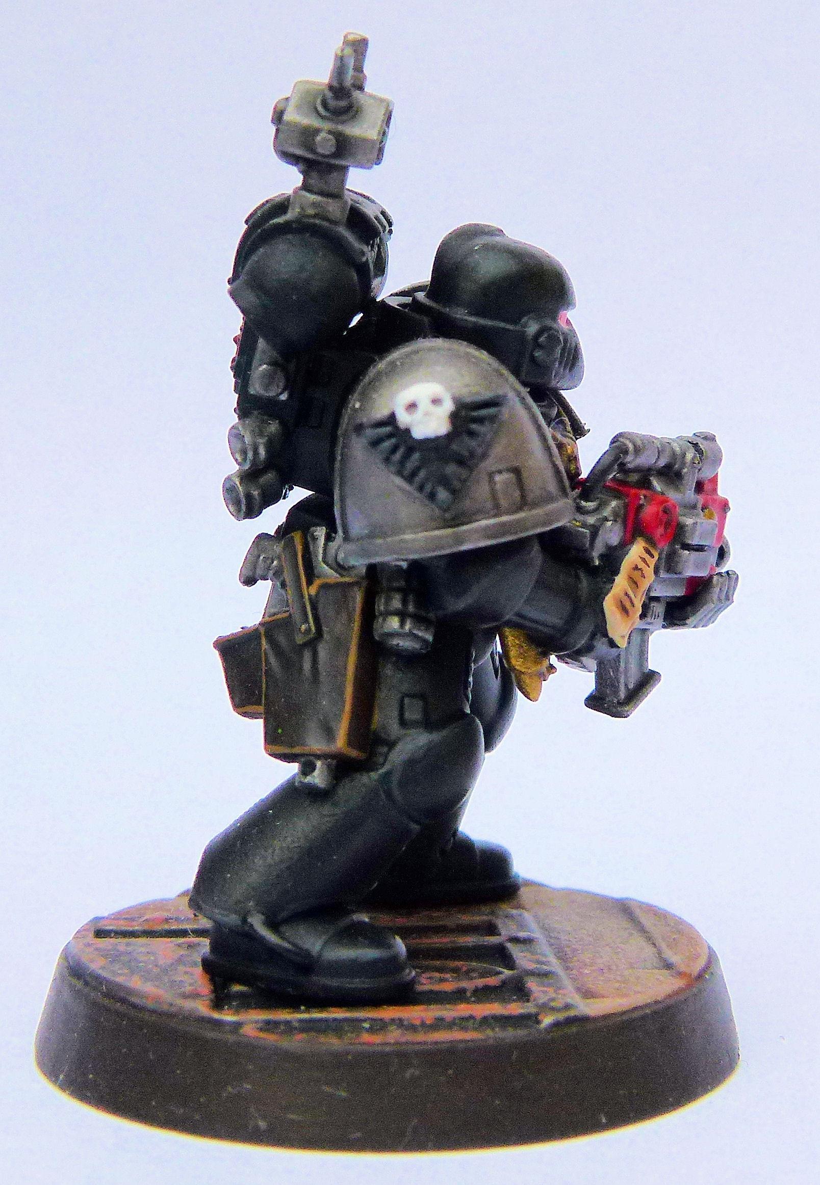 Doom Eagles Deathwatch Veteran Right