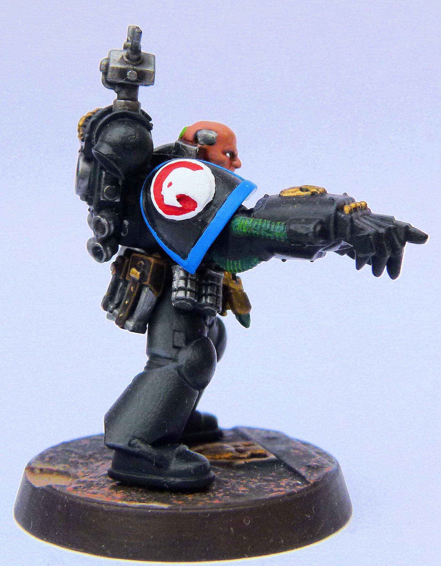 Astral Hawks Deathwatch Veteran Right