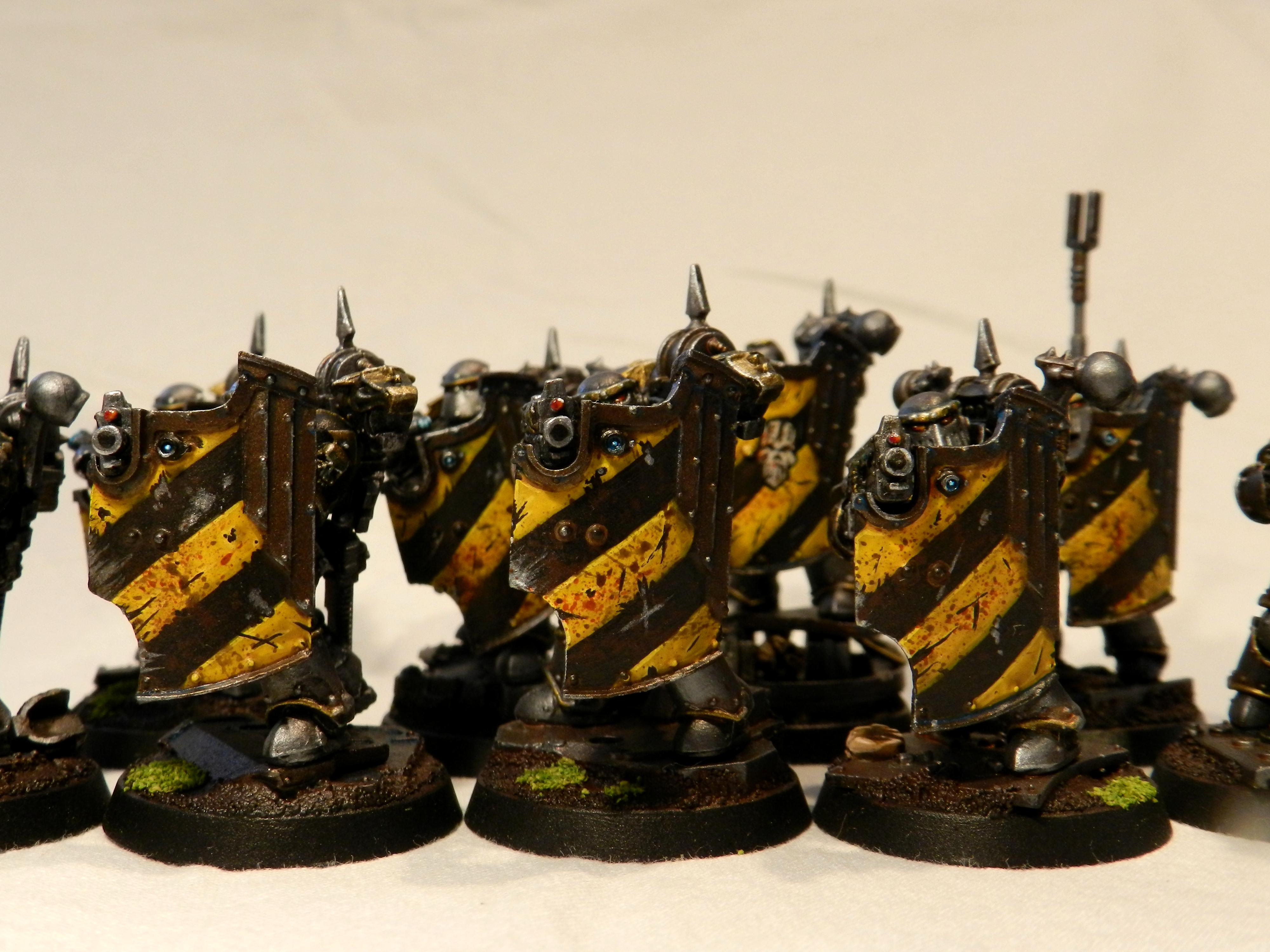 Chaos Space Marines, Iron Warriors, Plague Marines