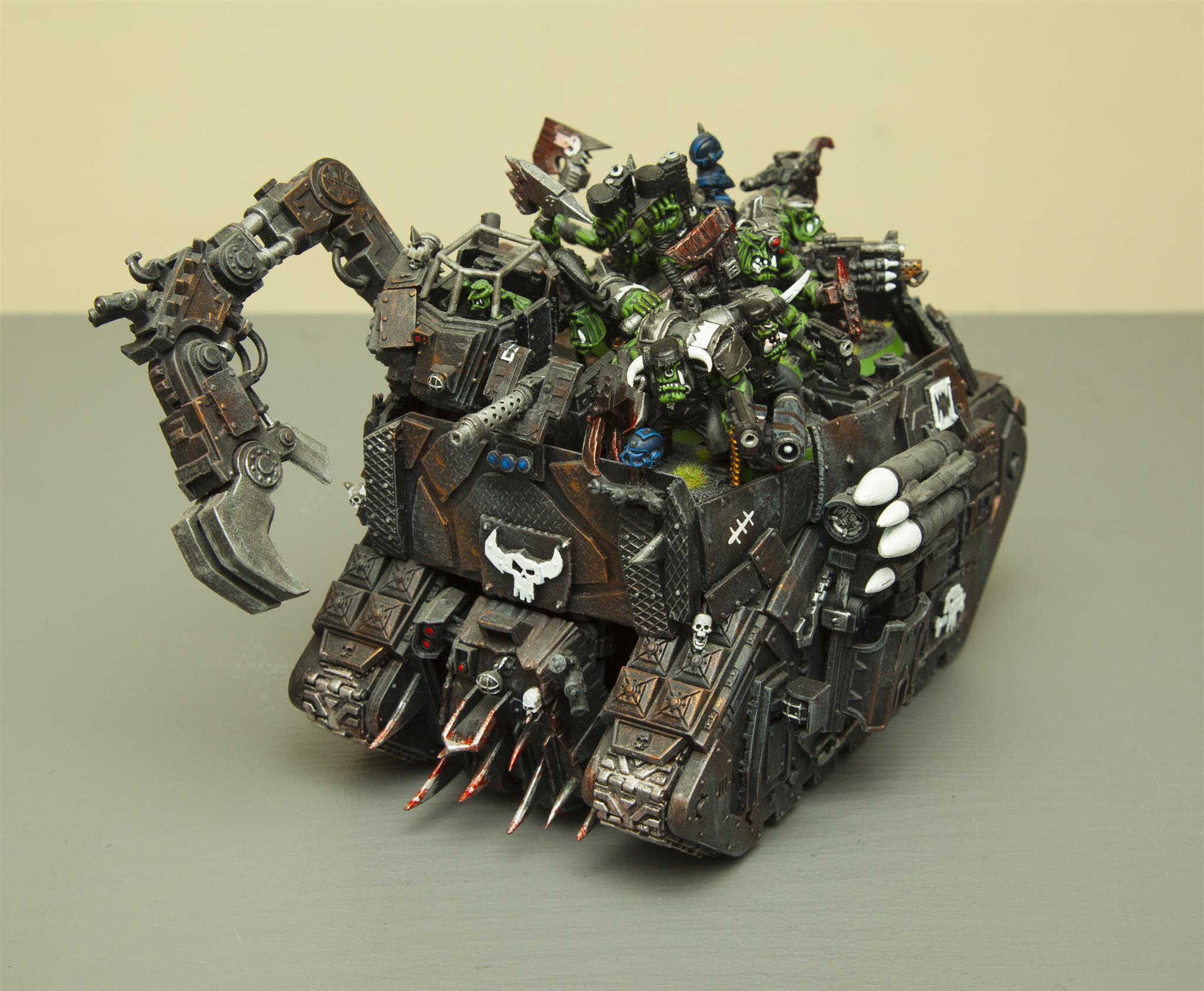 Battlewagon, Goffs, Looted Land Raider, Orks, Warhammer 40,000