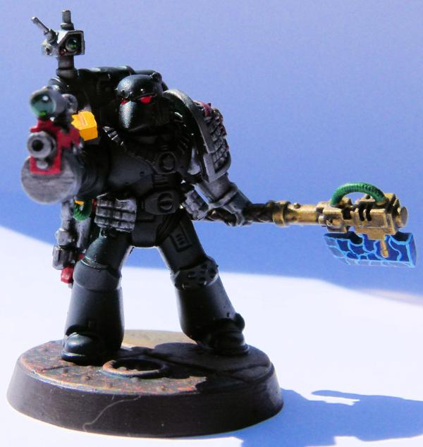 881294_sm-Deathwatch%20Crimson%20Guard%2