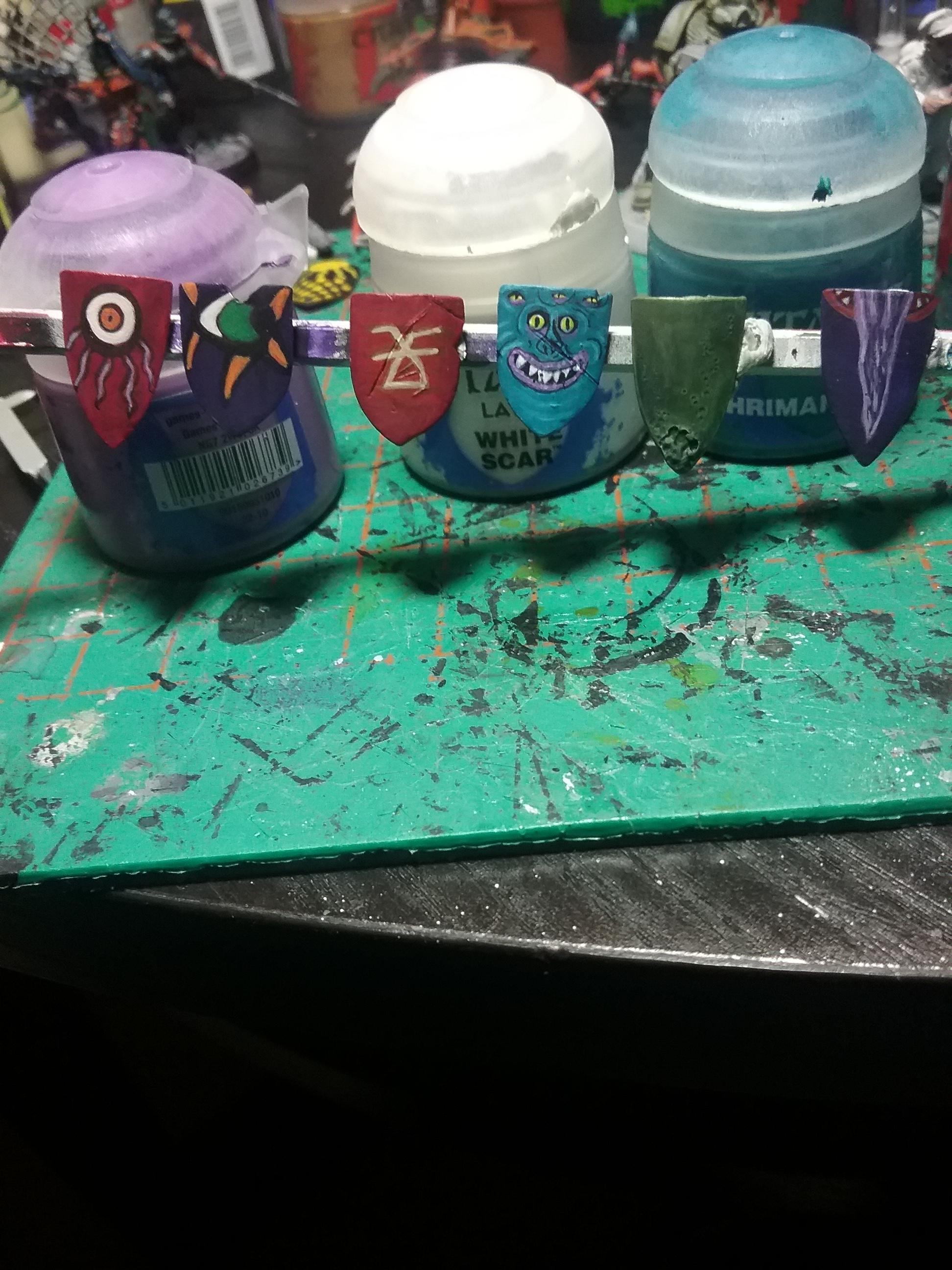Freehand, Oldhammer, Shields