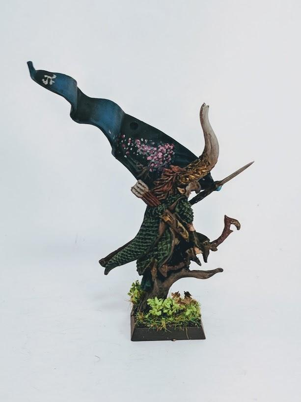 Aelf, Standard Bearer, Wood Elves