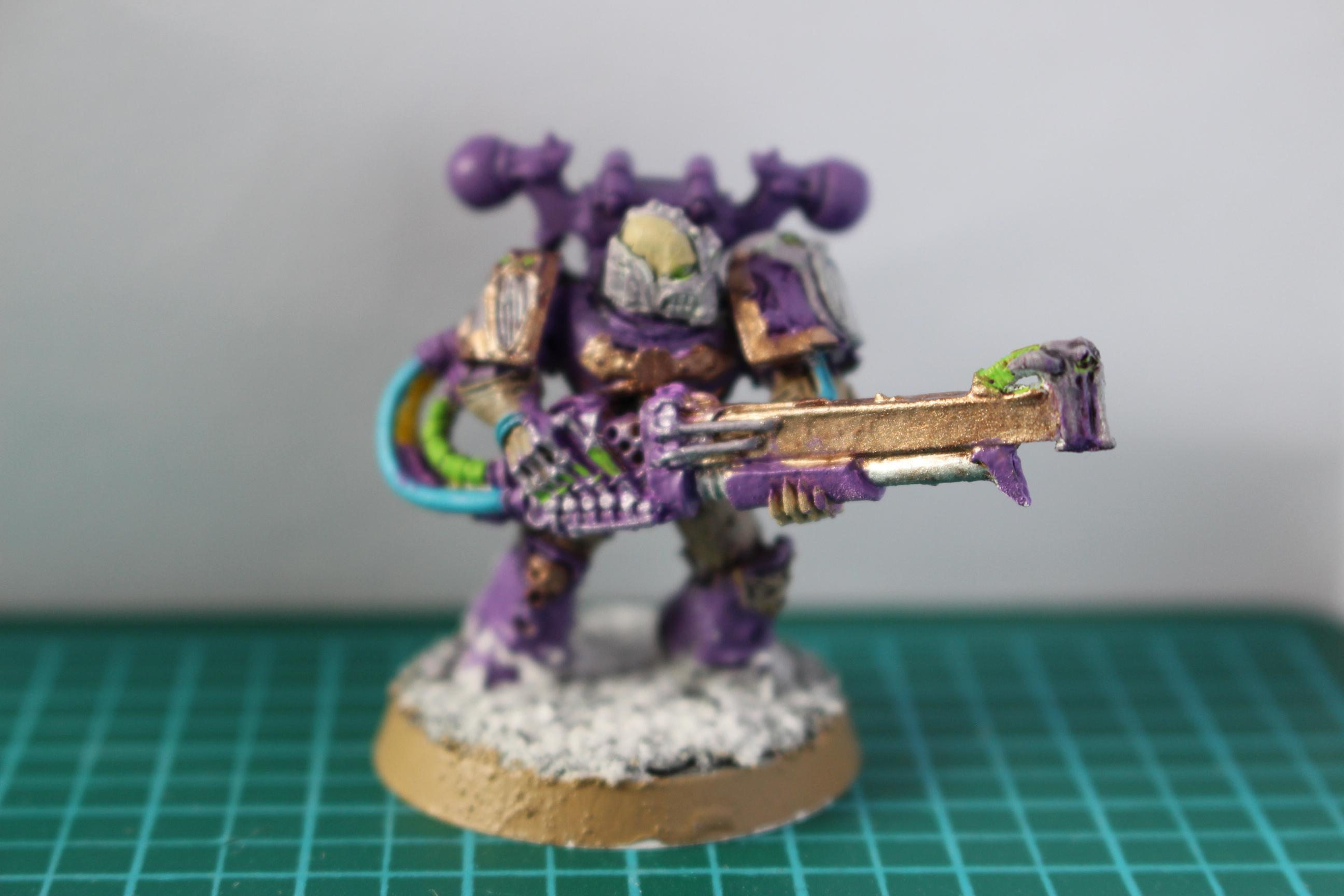 Blastmaster wielder, not sure on the rules for this guy, I'll need to dust off my old codex but again I'm pretty happy with how he's turned out