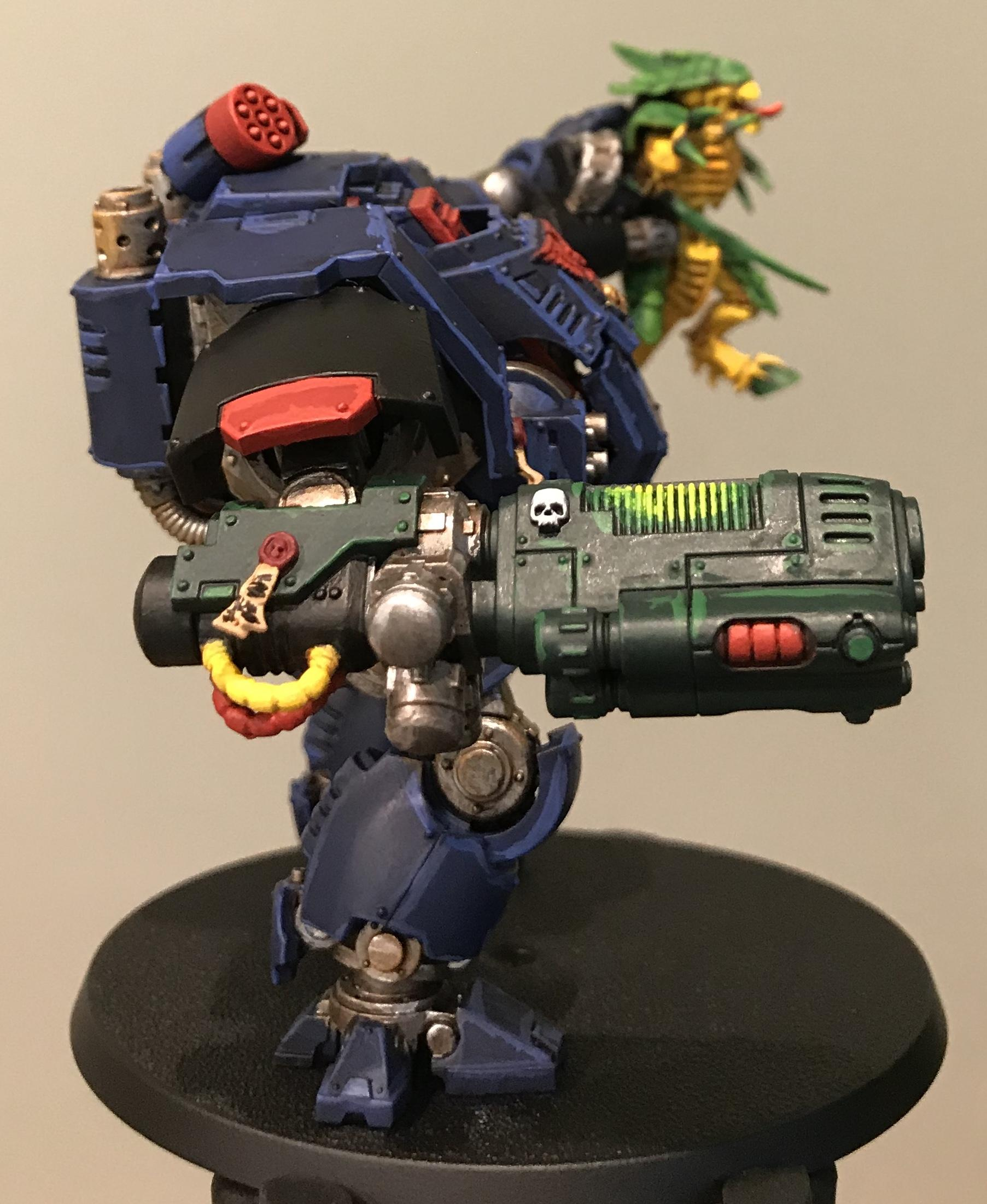 Night Ravens Redemptor lifting Tyranid Warrior Highlighted - right