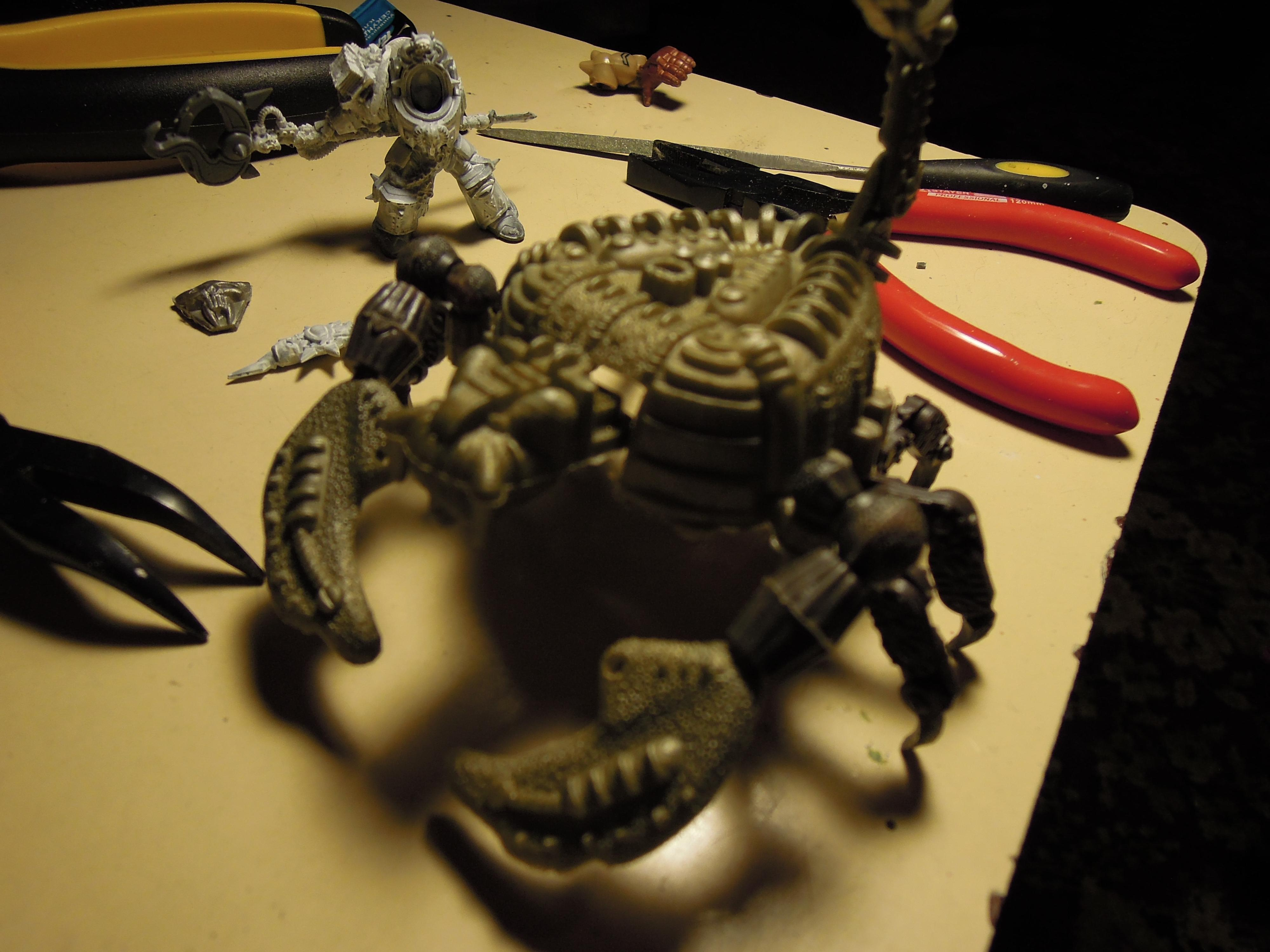 Armored Vehicle, Blood Pact, Blurred Photo, Chaos, Claws, Conversion, Daemon Engine, Heavy Support, Scorpion, Scratch Build, Tank, Technolog, Tehnolog, Walker, Warhammer 40,000, Work In Progress