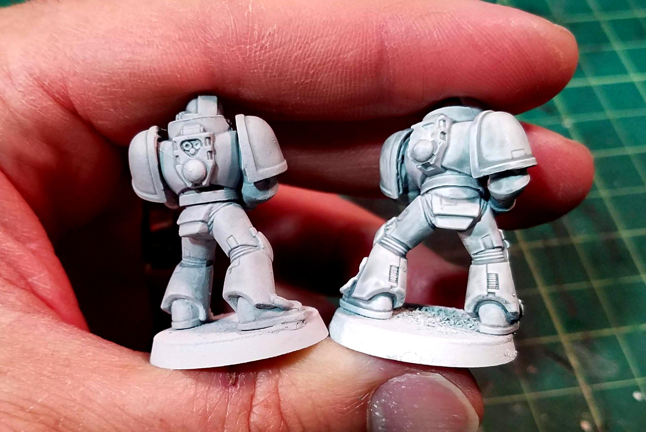Corax White on the left, 2X Paint/Primer on the right, close-up