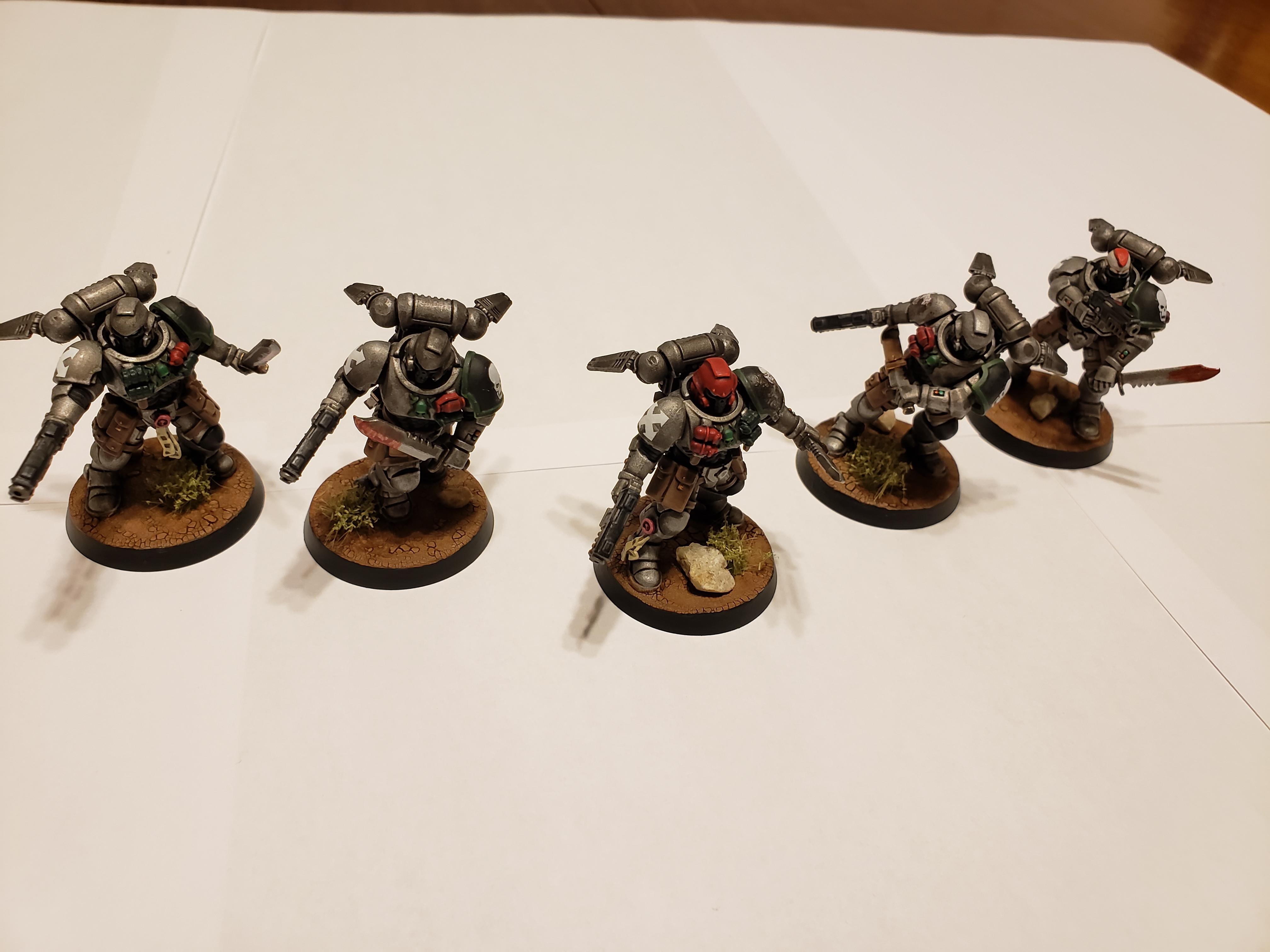 Combat Knife, Doom, Doom Legion, Frag Grenade, Grav Chutes, Heavy Bolt Pistol, Krak Grenade, Legion, Primaris, Reiver