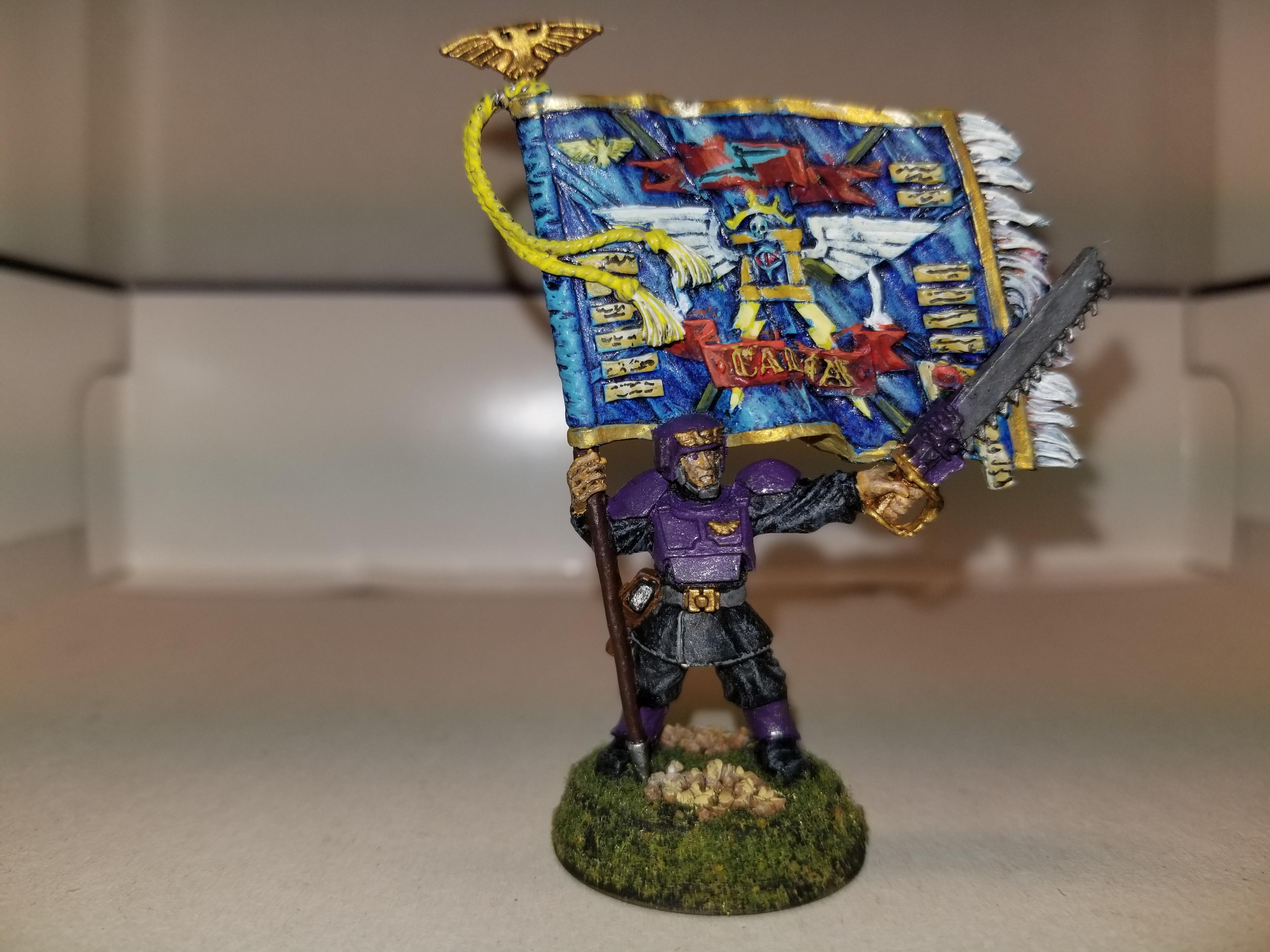 WH40k, LE 2003 Imperial Guard Standard Bearer, metal, front