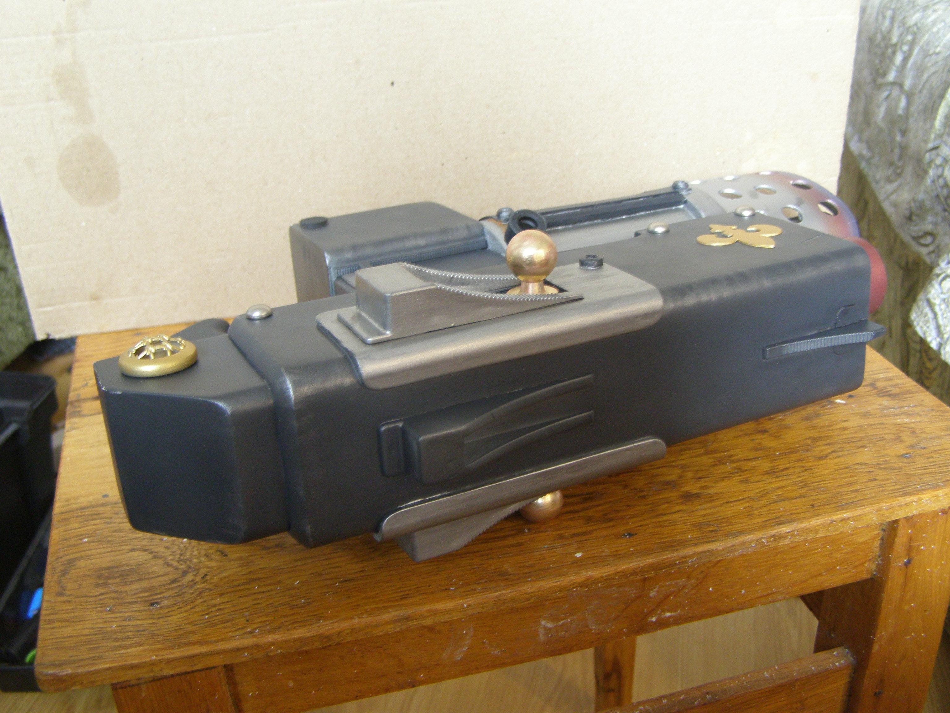 Bolter, Combibolter, Cosplay, Imperial Weapon, Scratch Bild