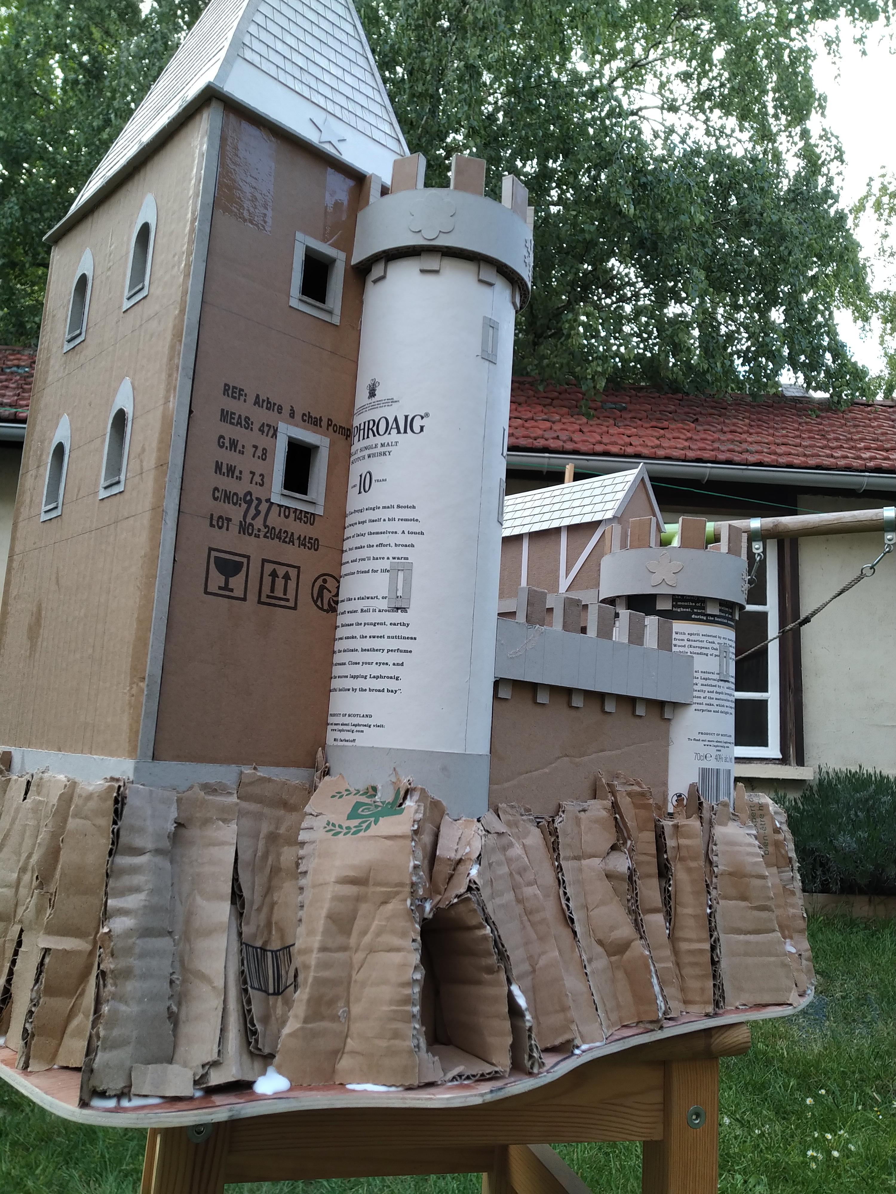 Cardboard, Castle, Terrain